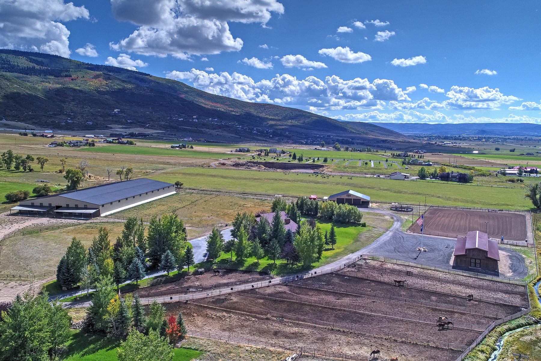 Villa per Vendita alle ore Horse Lover's Dream 750 East 3200 North, Kamas, Utah, 84036 Stati Uniti