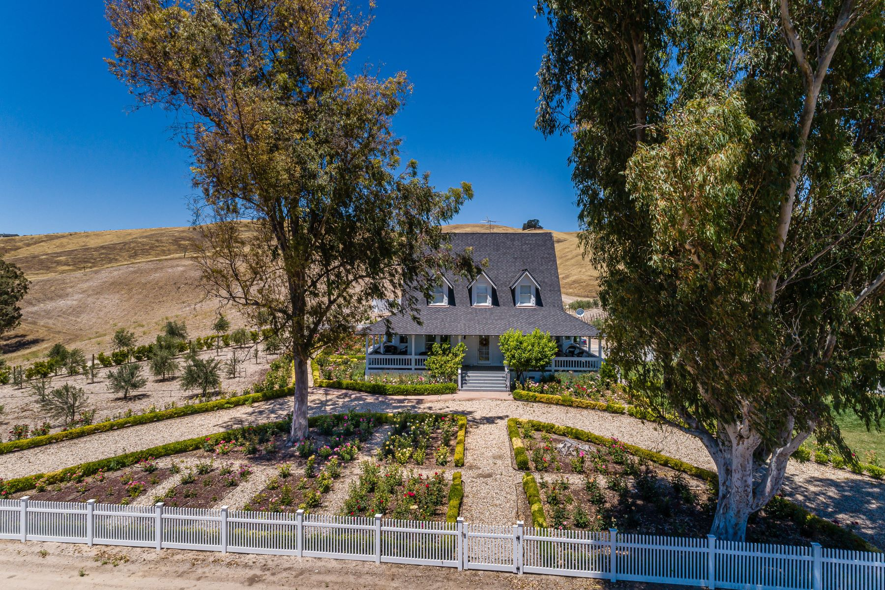 Farm / Ranch / Plantation for Active at AWARD WINNING VINEYARD WITH WINERY PERMIT & VACATION RENTAL LICENSE 7320 Cross Canyons Road San Miguel, California 93451 United States