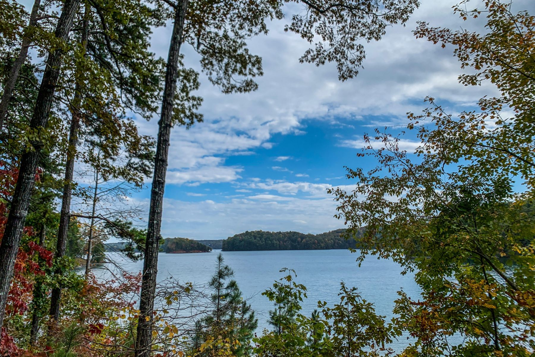 Land for Active at One of the Finest Lake Keowee Homesites CFS EB45 Salem, South Carolina 29676 United States