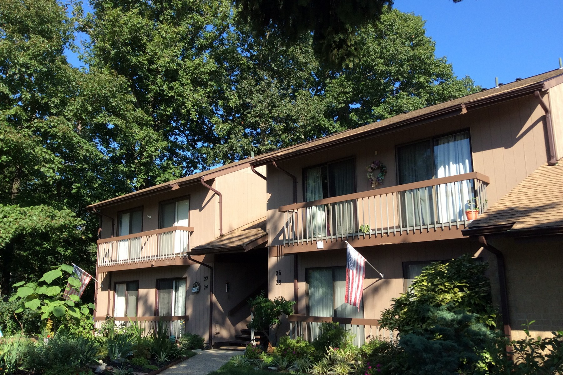 Condominium for Sale at LOCATION! LOCATION! LOCATION! 26 Augusta Ct, Red Bank, New Jersey 07701 United States