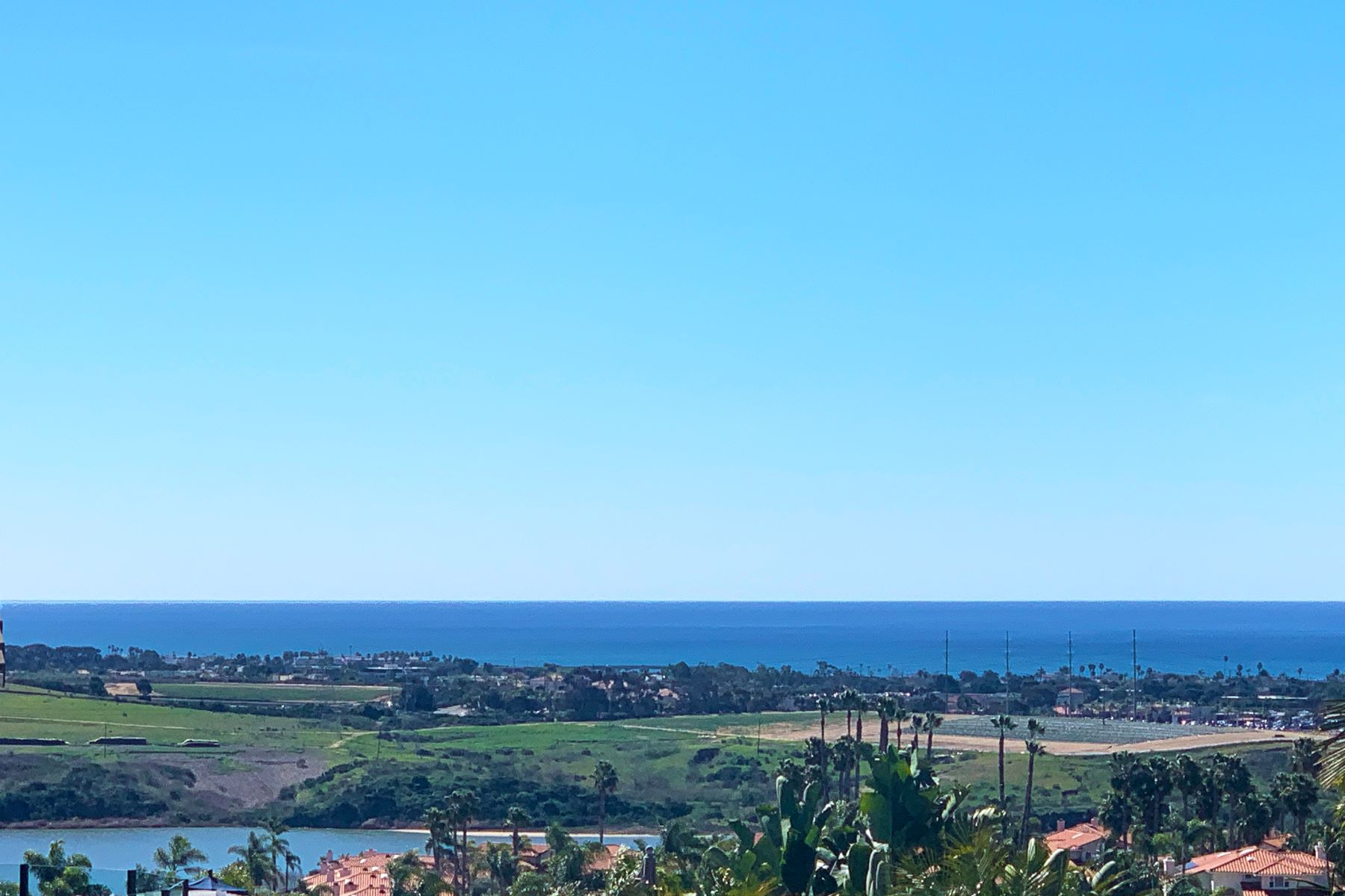 Single Family Homes para Venda às BREATHTAKING VIEWS OVERLOOKING OCEAN TO LAGOON 4647 Telescope Avenue, Carlsbad, Califórnia 92008 Estados Unidos