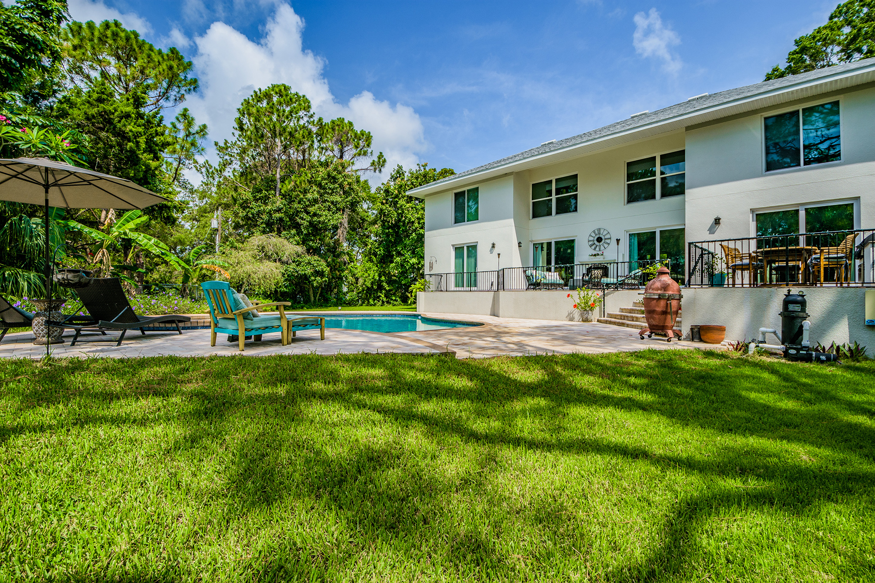 Maison unifamiliale pour l Vente à PINELLAS POINT 746 Sabal Ct S, St. Petersburg, Florida 33705 États-Unis