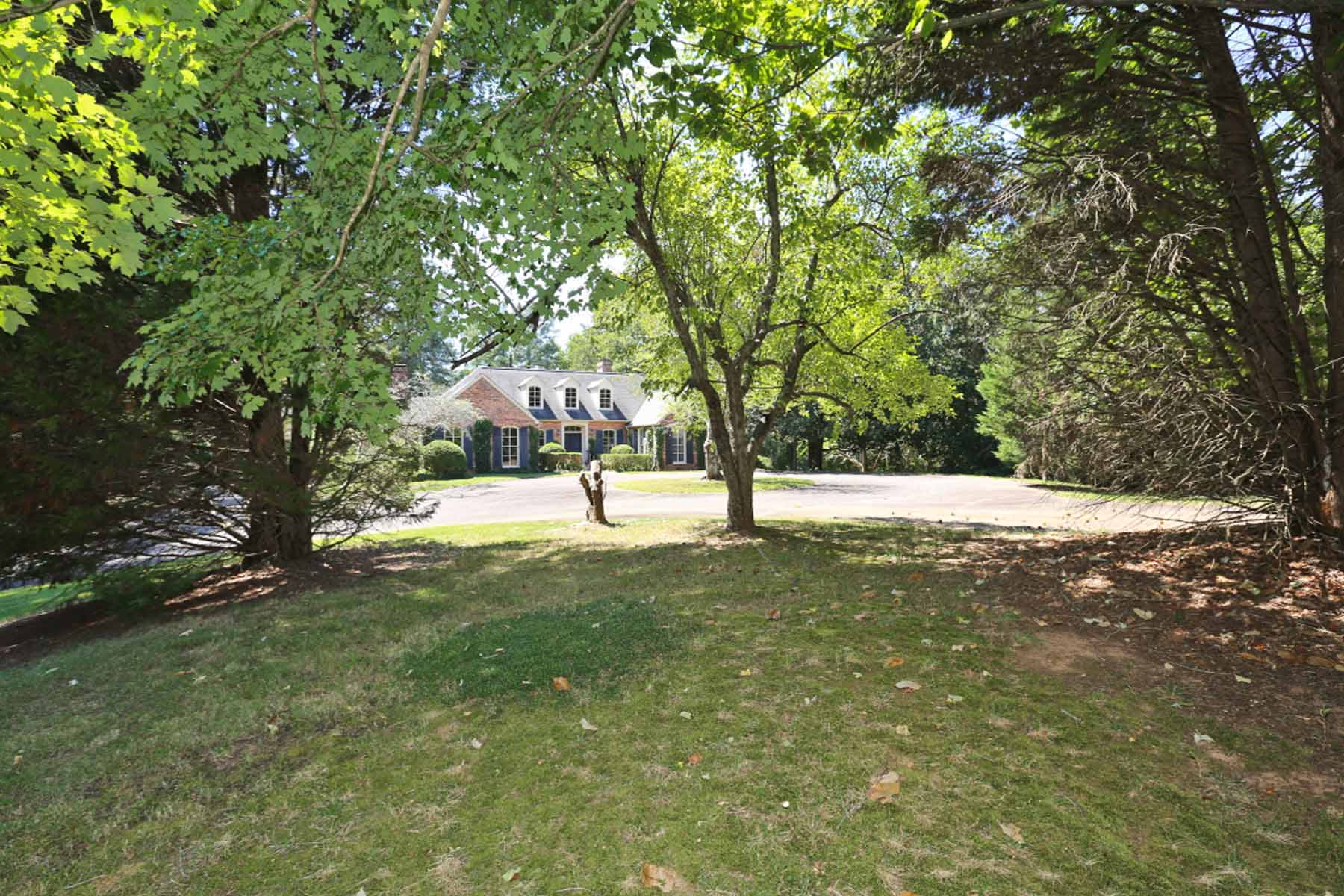 Single Family Home for Sale at Exquisite Lakefront Estate 10705 Stroup Road Roswell, Georgia, 30076 United States