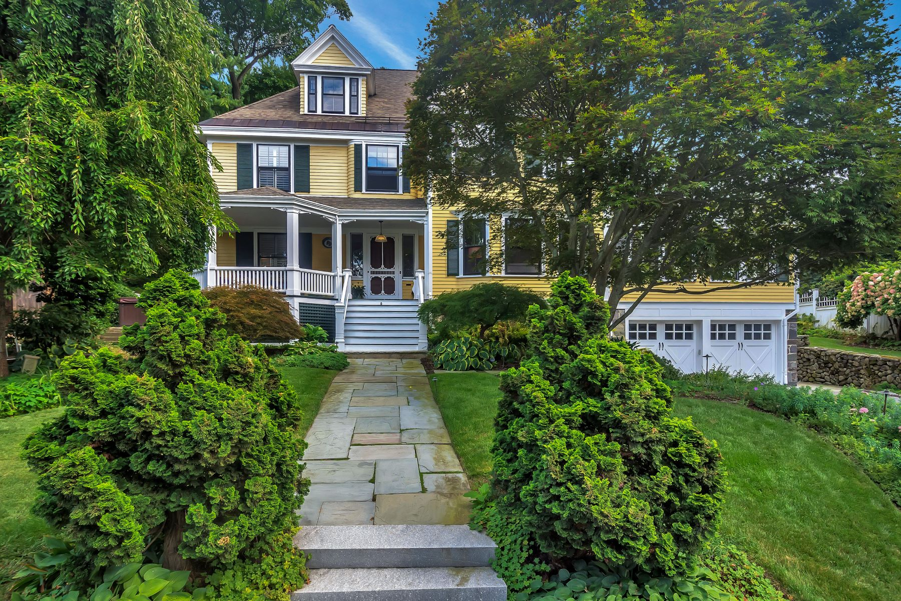 Single Family Homes 용 매매 에 Heirloom Masterpiece with Period Detail 8 Black Horse Terrace, Winchester, 매사추세츠 01890 미국