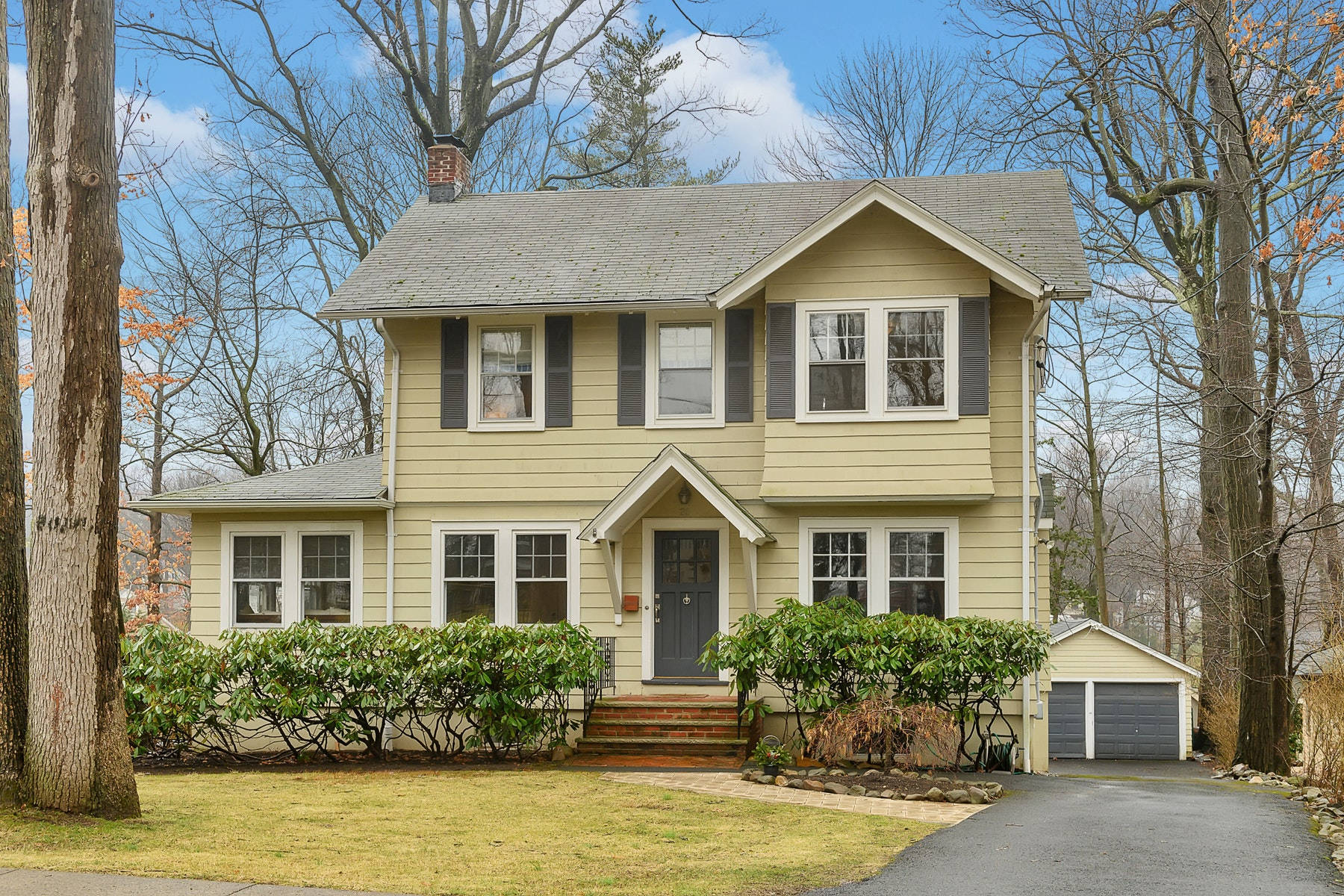 Single Family Homes por un Venta en Charming Colonial 28 Mountain Road, Verona, Nueva Jersey 07044 Estados Unidos