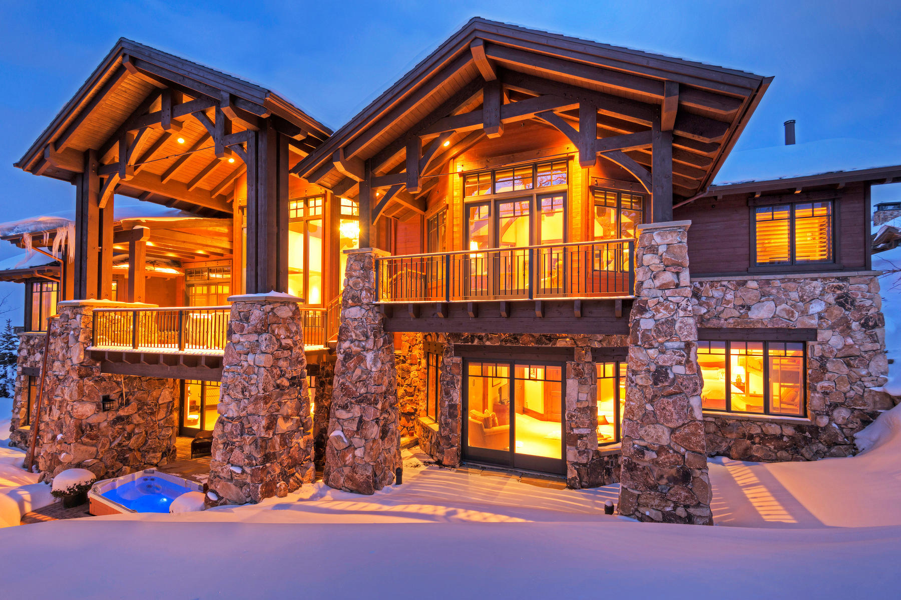 Single Family Homes for Sale at Stunning Mountain Ski Estate in the Coveted Northside Village 2 Hawkeye Pl, Park City, Utah 84060 United States