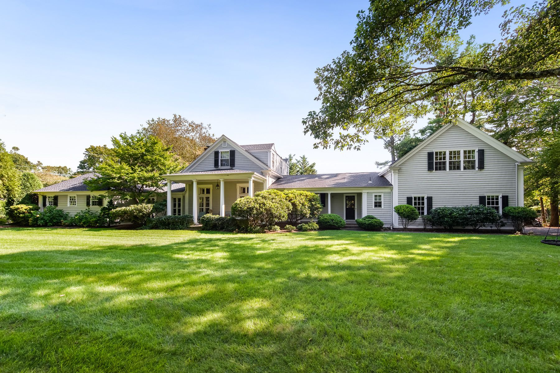 Single Family Homes for Sale at 27 Cedar Avenue, Barrington, RI 27 Cedar Ave Cedar Barrington, Rhode Island 02806 United States
