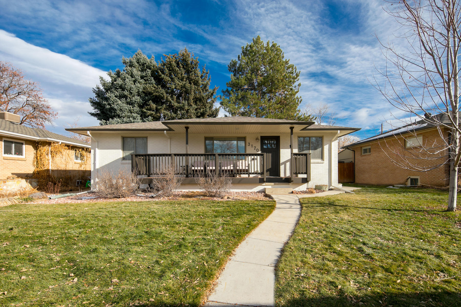 Single Family Homes for Active at This bright, newly remodeled home in Englewood is the perfect place to call home 3170 S Humboldt St. Englewood, Colorado 80113 United States