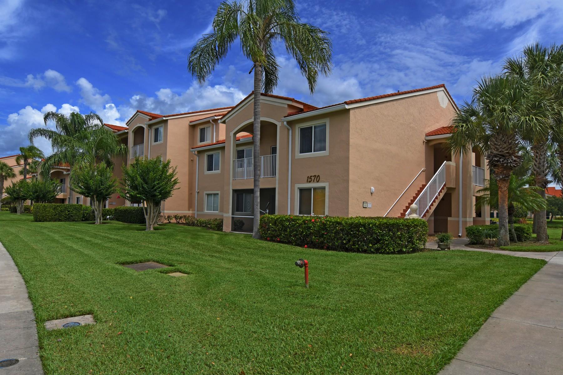 Copropriété pour l Vente à LAGUNA FIRST FLOOR CONDO 1570 S 42nd Circle #101 Vero Beach, Florida, 32967 États-Unis