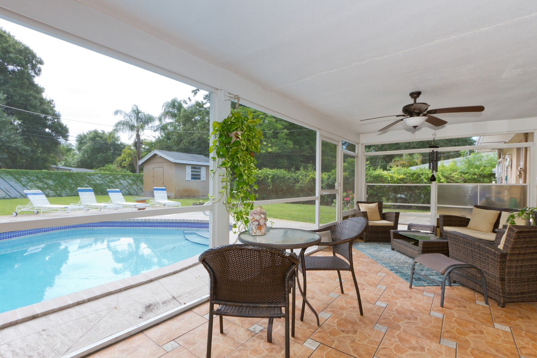 Additional photo for property listing at Florida Charm 1836 32nd Avenue Vero Beach, Florida 32960 United States