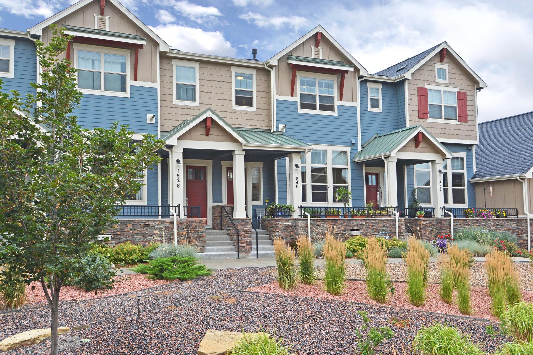 Casa para uma família para Venda às Townhome In Desirable Overlook At Steel Ranch 1840 Gallagher Ln Louisville, Colorado, 80027 Estados Unidos