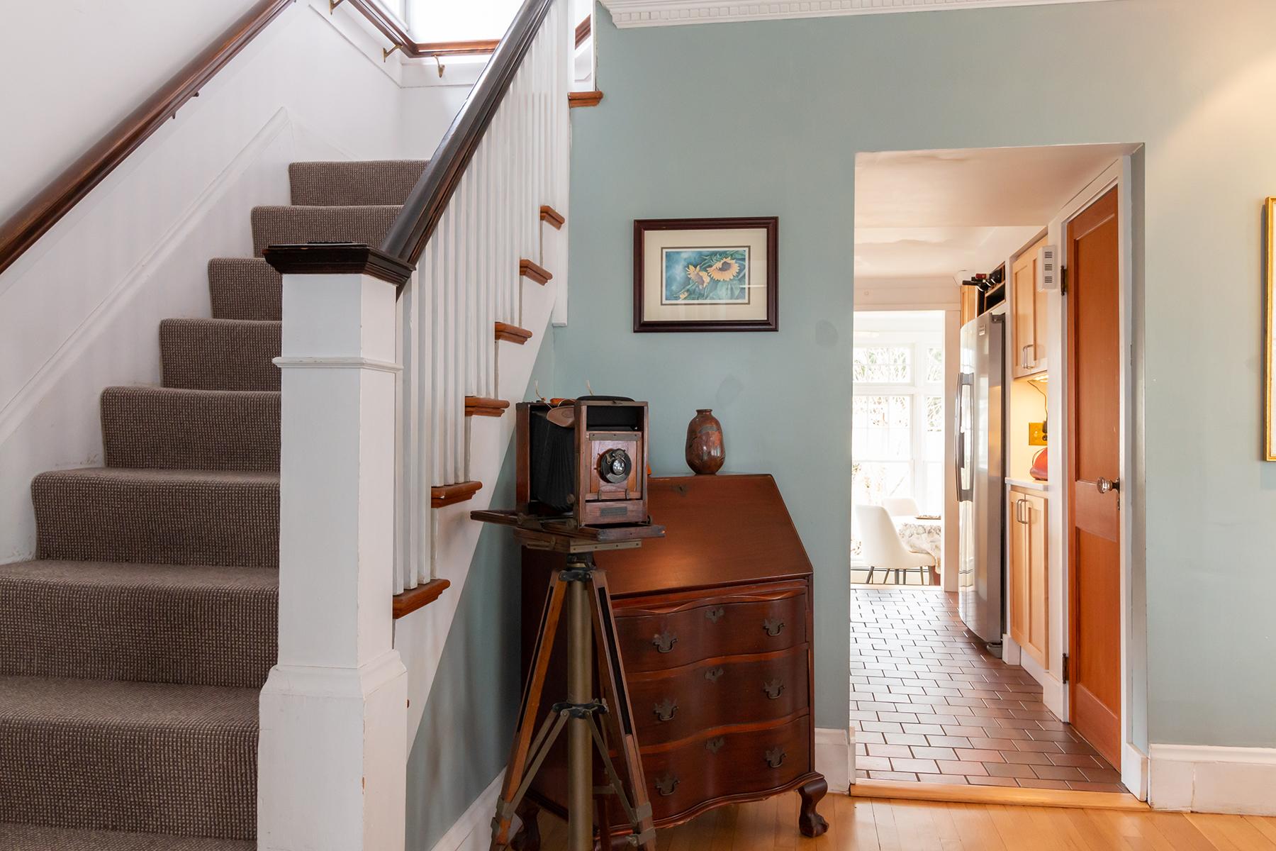 Single Family Homes για την Πώληση στο You have arrived home! 2 Linden Avenue, Swampscott, Μασαχουσετη 01907 Ηνωμένες Πολιτείες