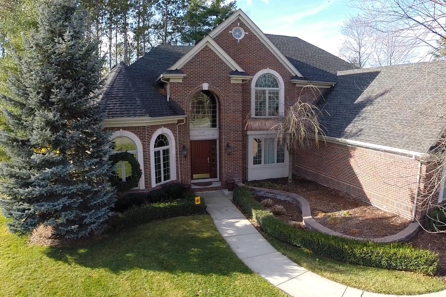 独户住宅 为 销售 在 Oxford Township 1600 Royal Birkdale 牛津, 密歇根州, 48371 美国