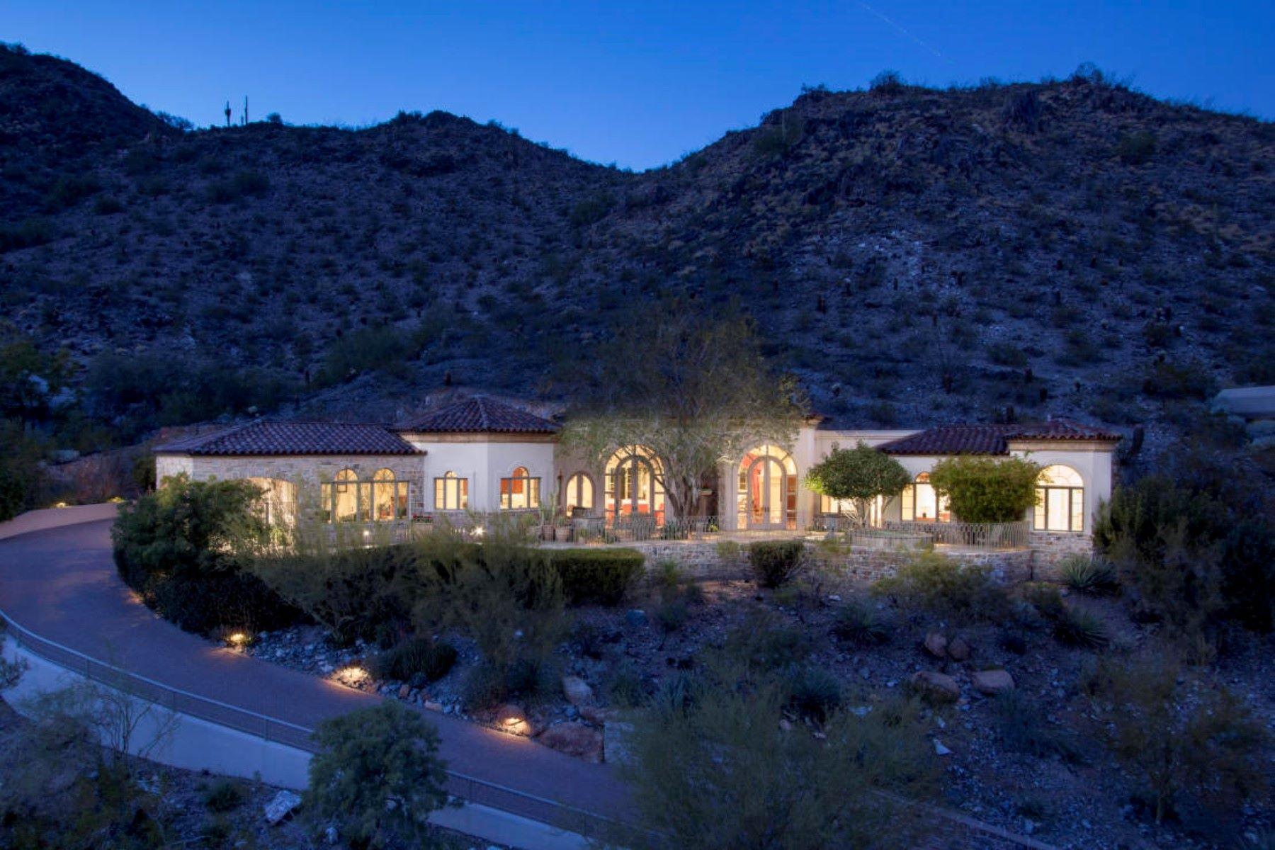 Moradia para Venda às Superior Quality Custom Hillside Home 4560 E Foothill Drive, Paradise Valley, Arizona, 85253 Estados Unidos