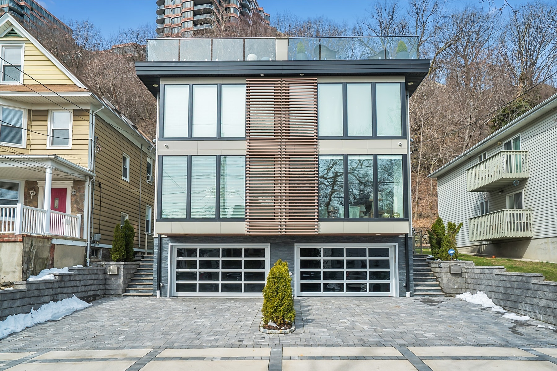 townhouses for Sale at Edgewater, New Jersey 07020 United States
