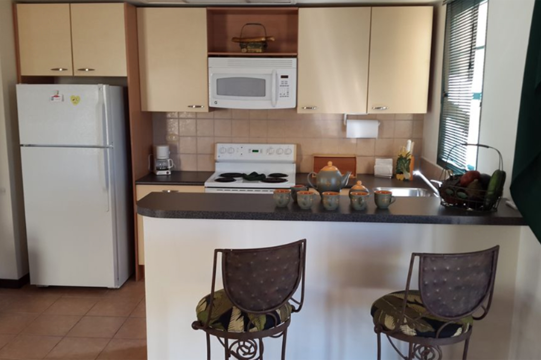 Additional photo for property listing at Sea Breeze 3 bedroom Condo overlooking the golf course Malmok, Aruba Aruba