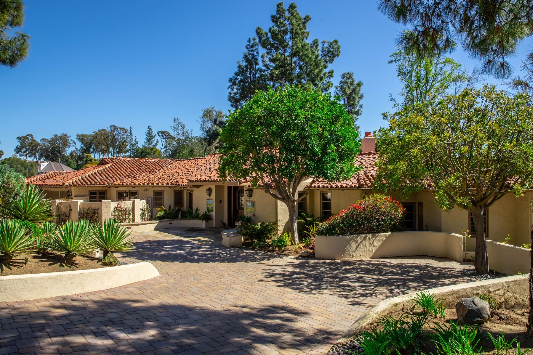 Single Family Homes 为 销售 在 5557 San Elijo Rancho Santa Fe, 加利福尼亚州 92067 美国