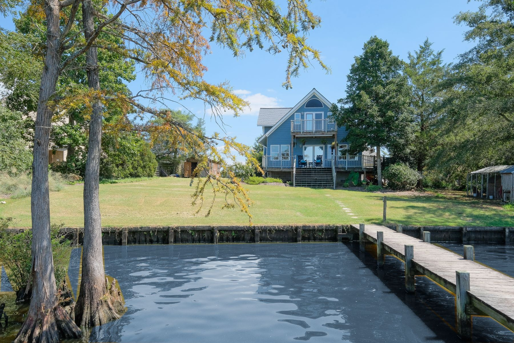 Additional photo for property listing at RIVER BEAUTY 201 River's Edge Lane Edenton, North Carolina 27932 United States