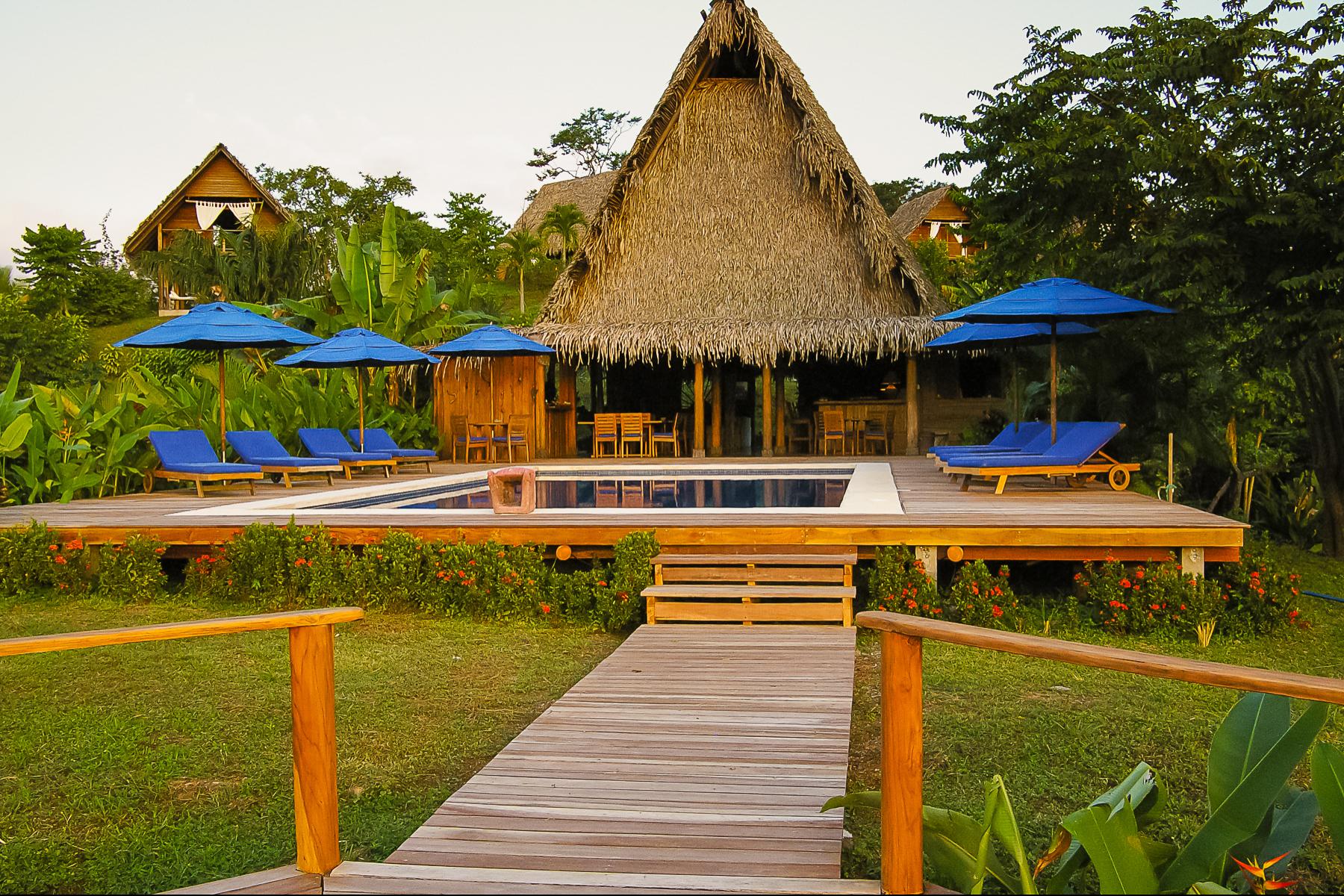 Other Residential Homes por un Venta en Boutique Beach Resort in Manzanillo Other Puntarenas, Puntarenas Costa Rica