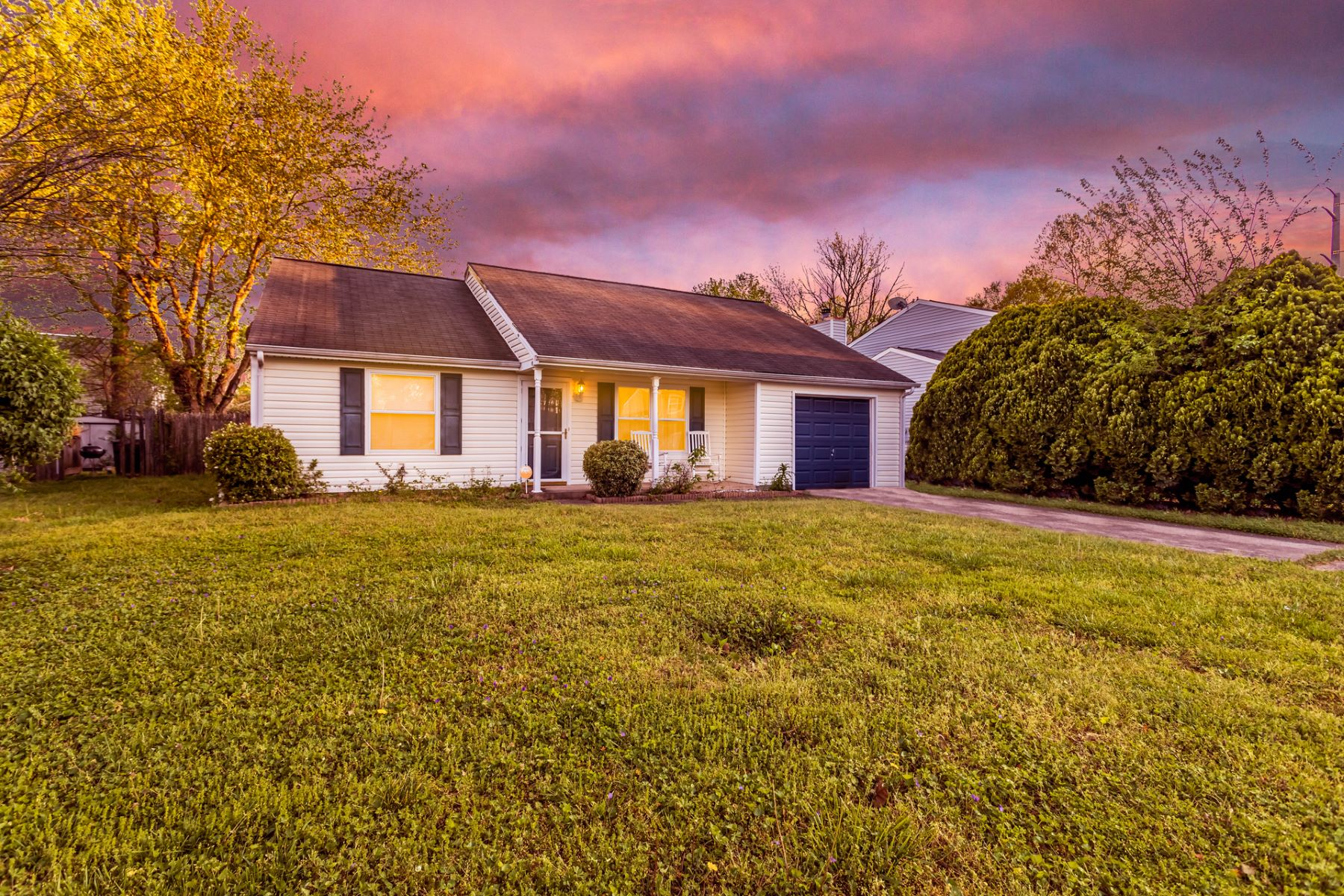 Single Family Homes のために 売買 アット Magruder Heights 1425 Kopek Court, Hampton, バージニア 23666 アメリカ