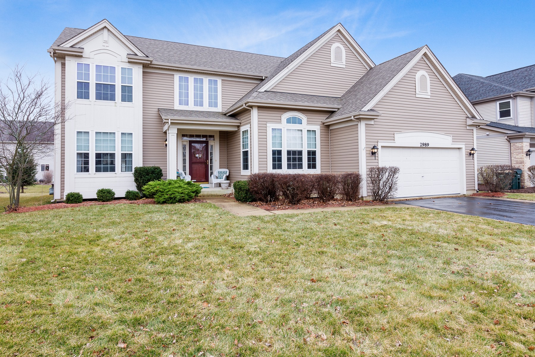 Maison unifamiliale pour l Vente à Perfect Home in Cornerstone Lakes Subdivision 2989 Blanchard Lane West Chicago, Illinois, 60185 États-Unis