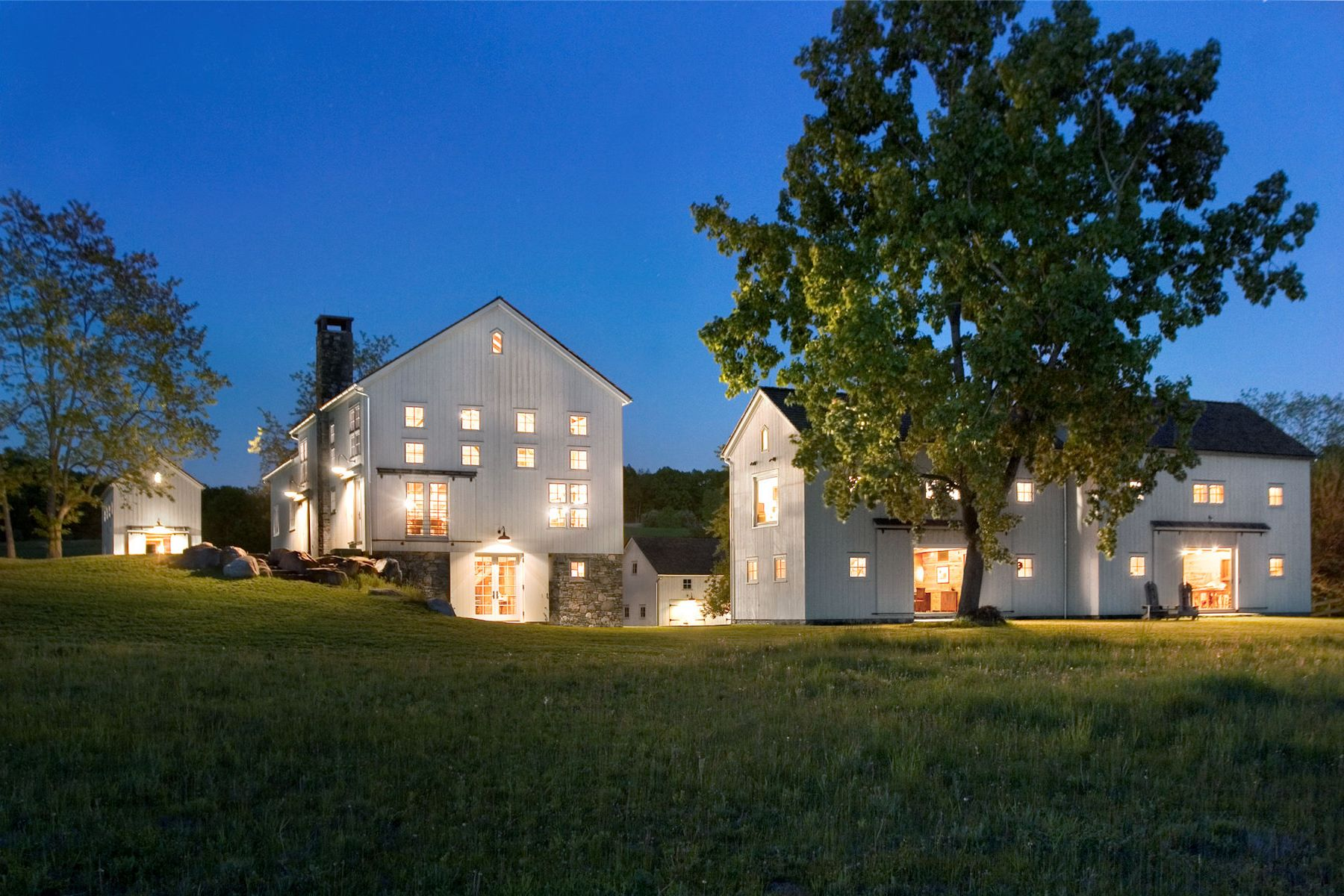 Maison unifamiliale pour l Vente à Four Barns Farm Millbrook, New York 12545 États-Unis