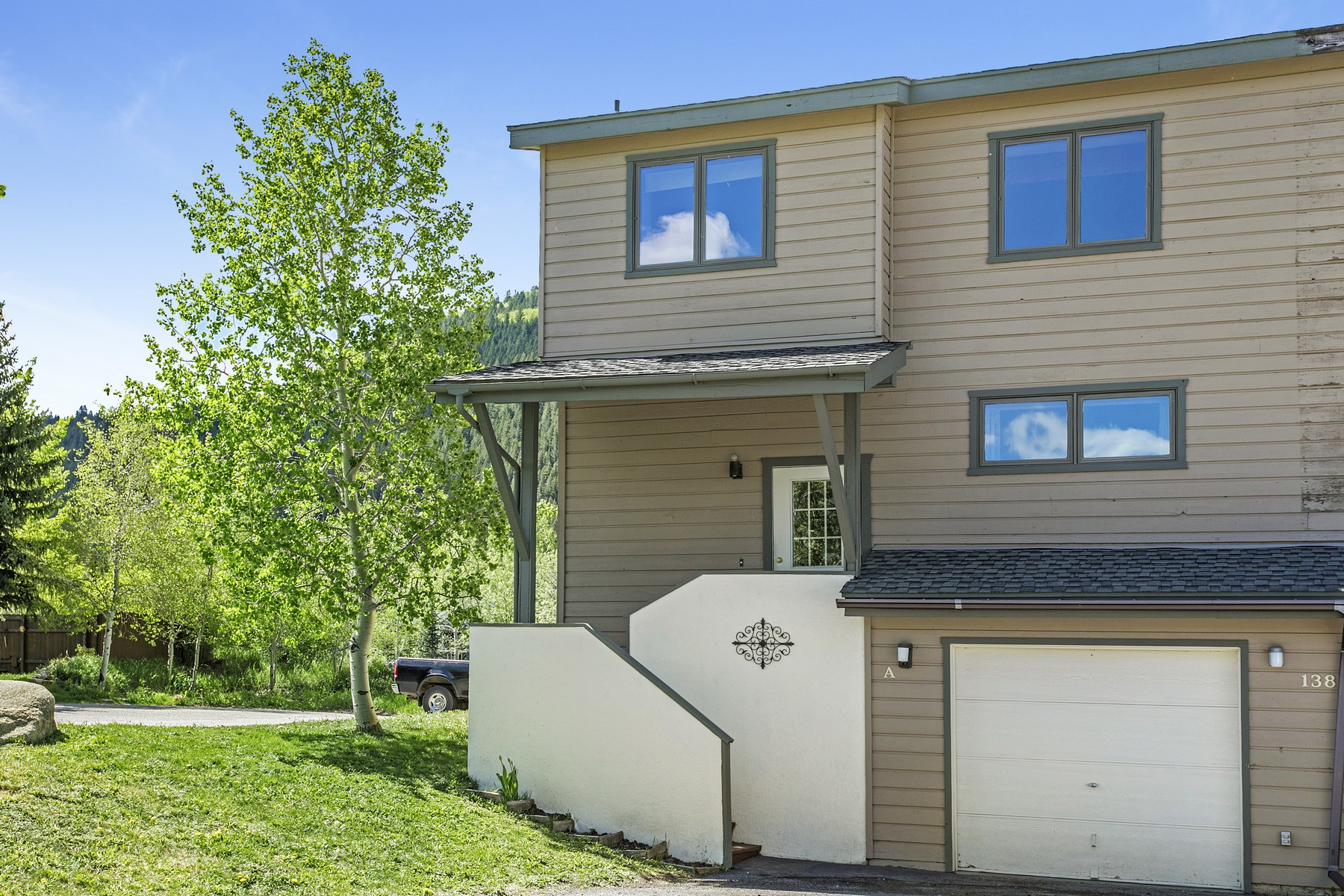 Townhouse for Active at Riverside Sun Homes #A 138 Riverside Ct #A Eagle Vail, Colorado 81620 United States
