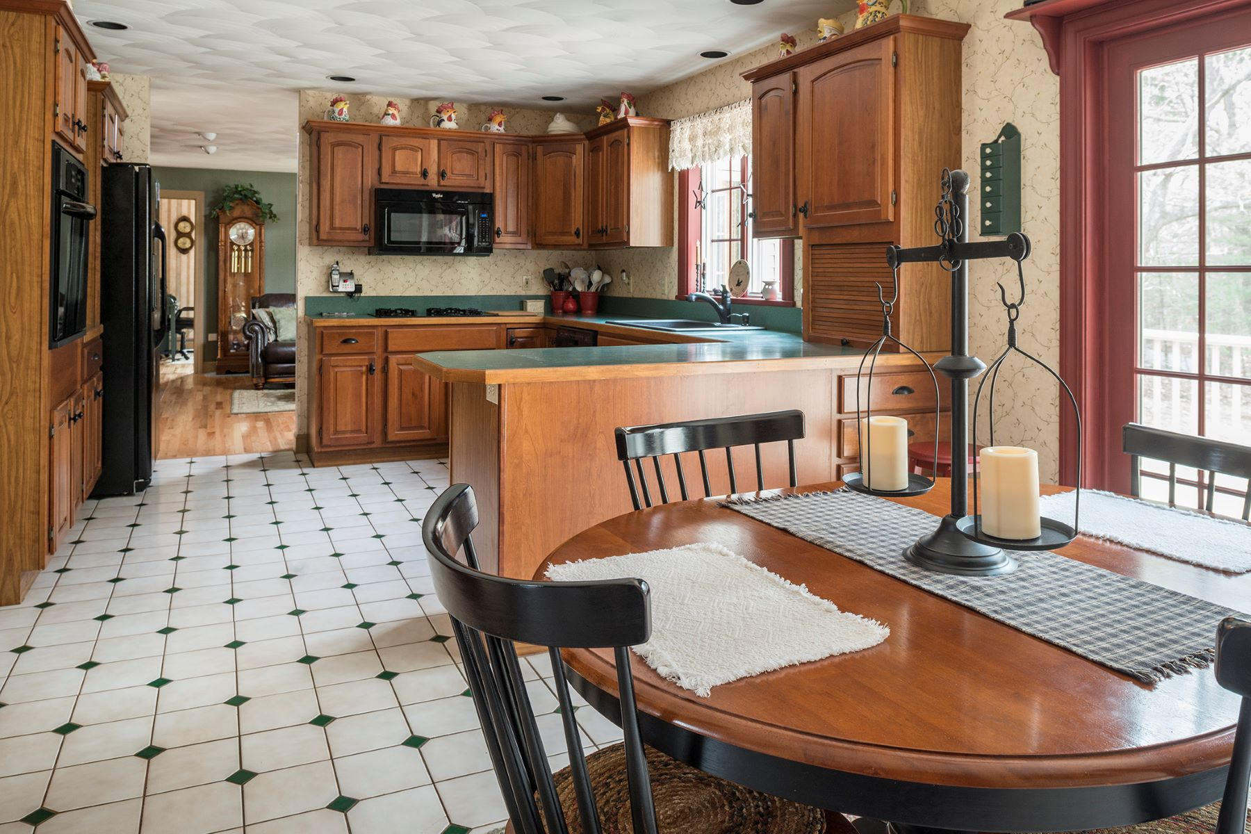 Additional photo for property listing at 26 Pine Ledge Drive 26 Pine Ledge Drive Scarborough, Maine 04074 United States