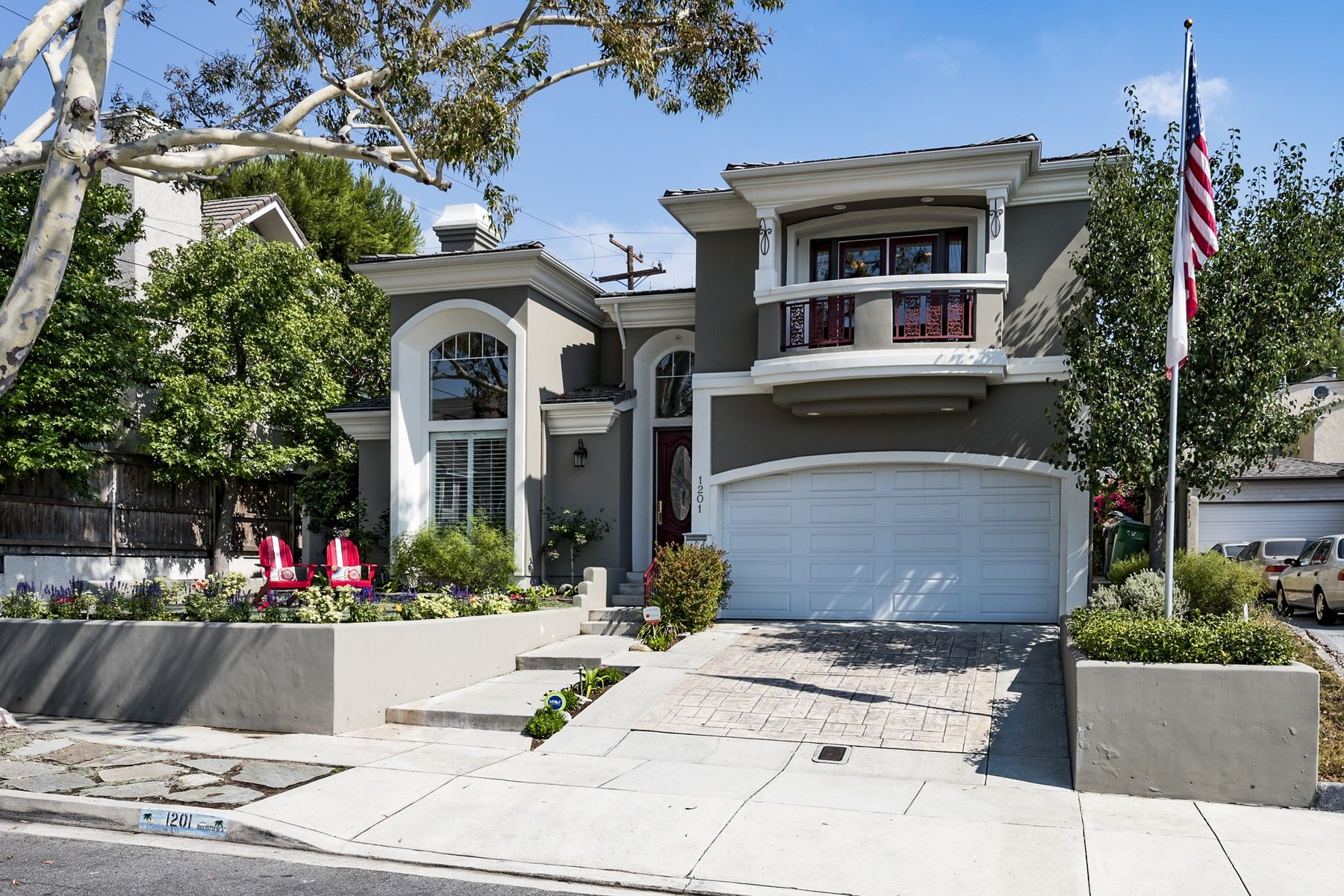 Single Family Home for Sale at 1201 17th St Manhattan Beach, California 90266 United States