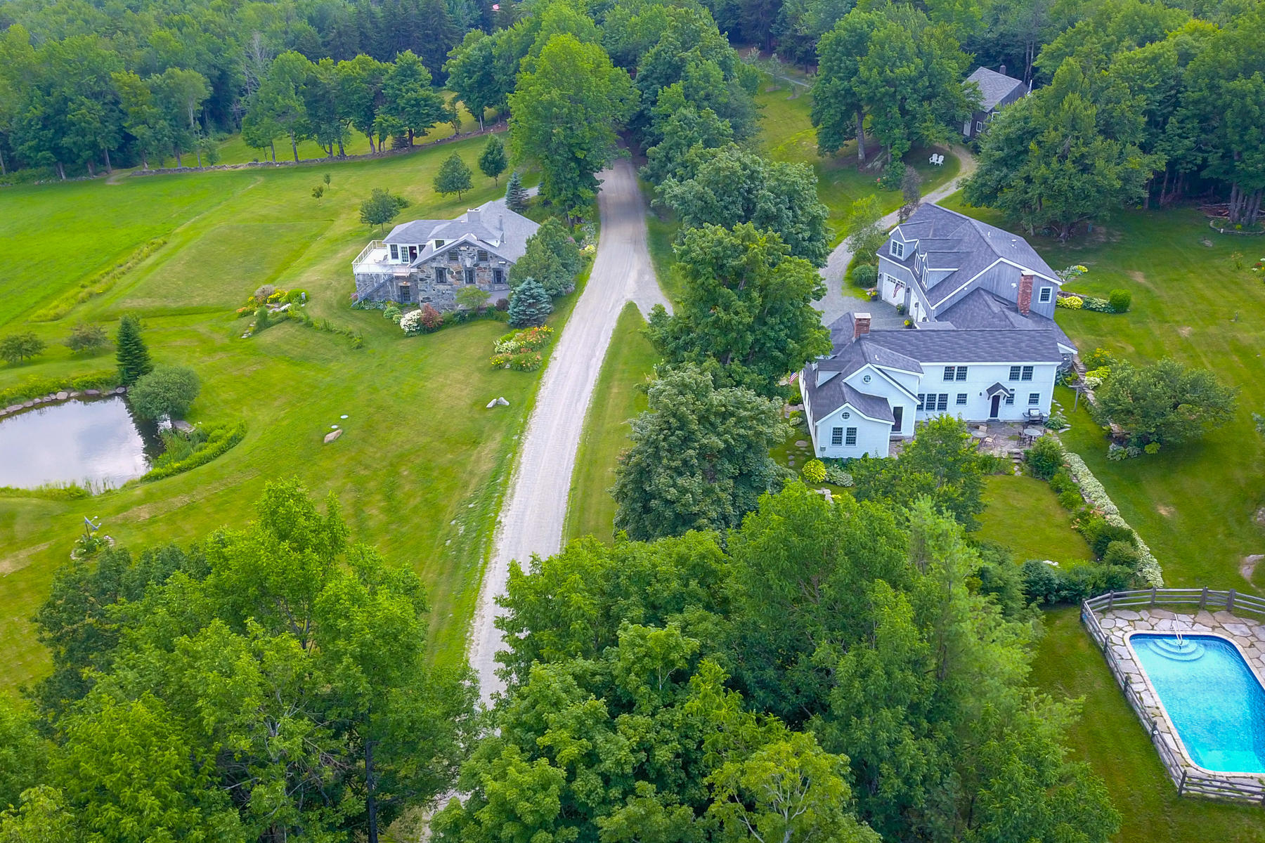 Single Family Homes for Sale at Foxfield Farm 793 Upper Dover Rd Marlboro, Vermont 05344 United States