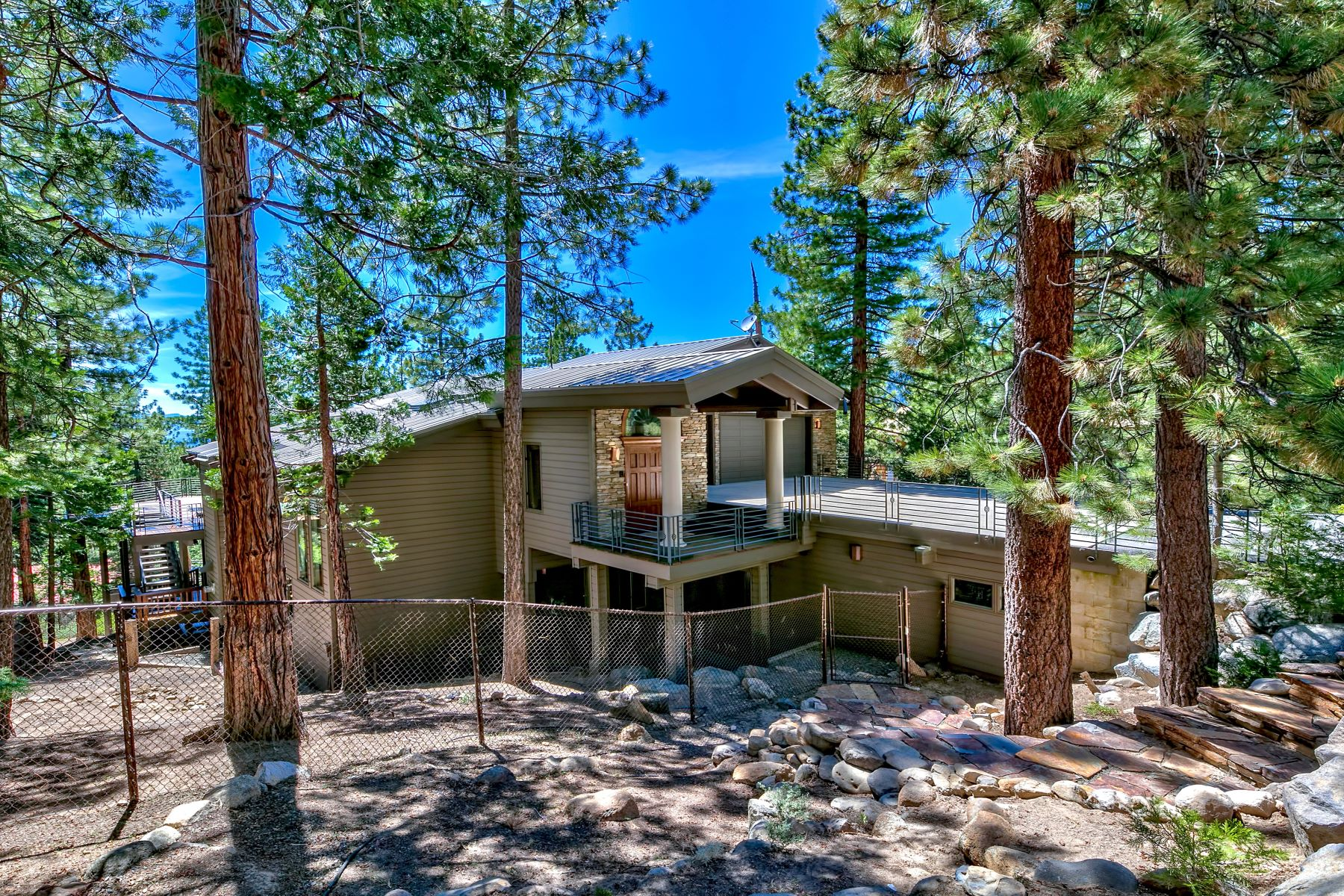 Additional photo for property listing at 475 Eagle Drive, Incline Village, Nevada 475 Eagle Drive Incline Village, Nevada 89451 United States