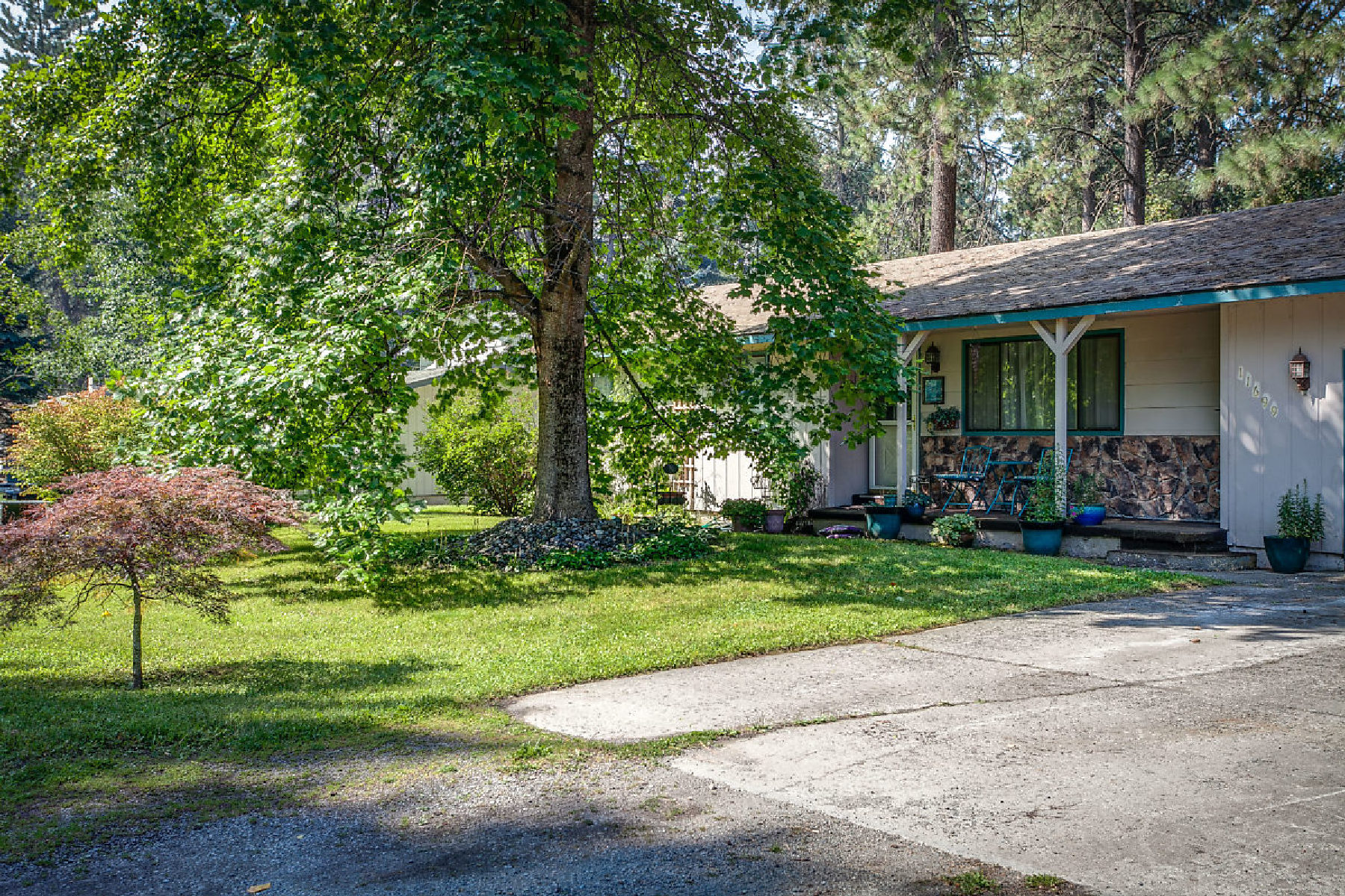 Maison unifamiliale pour l à vendre à NORTH IDAHO HIDDEN JEWEL 11699 EMERALD, Hayden, Idaho, 83835 États-Unis