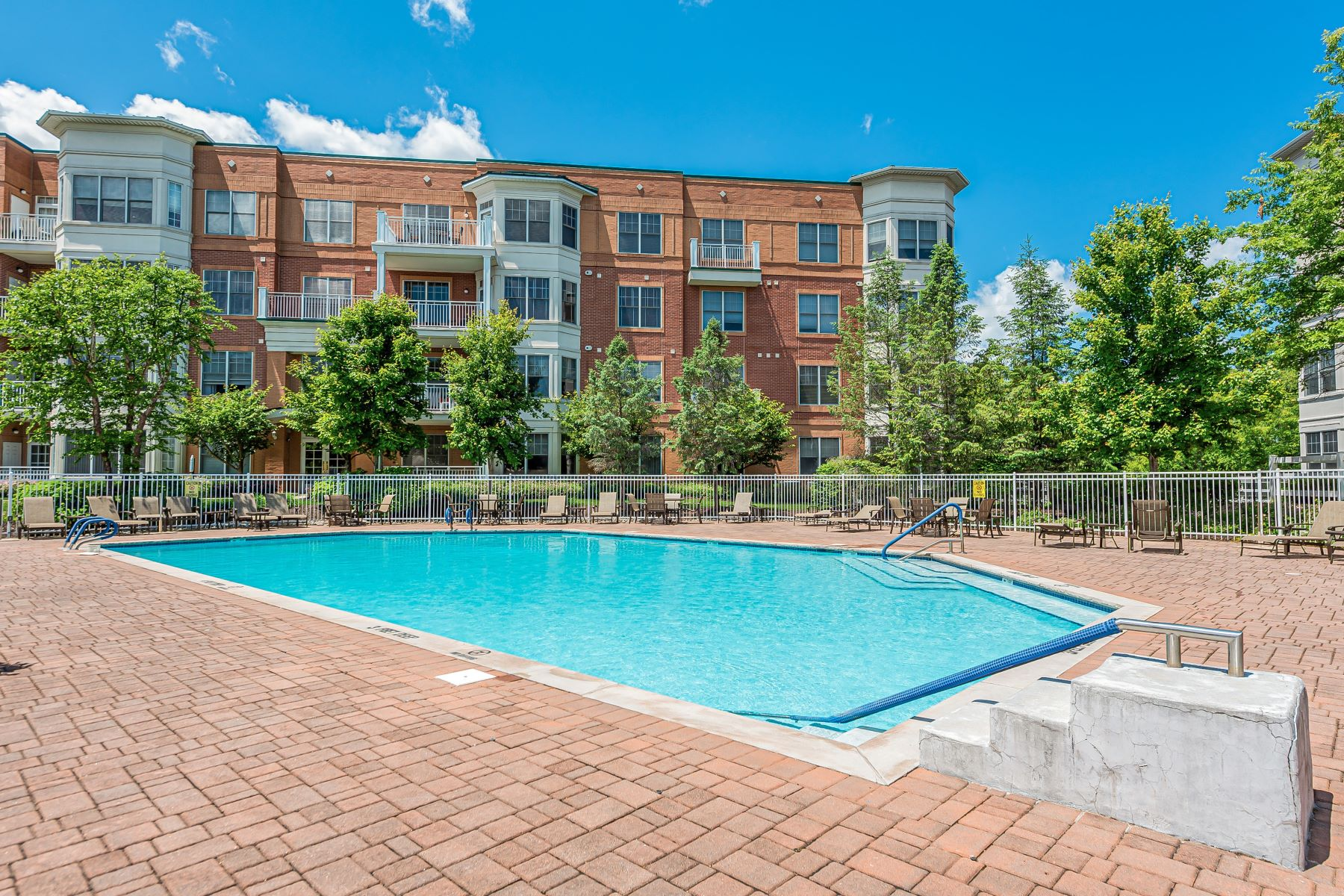 Condominiums for Sale at Open Concept Beekman Model 3208 Pointe Gate Drive Livingston, New Jersey 07039 United States