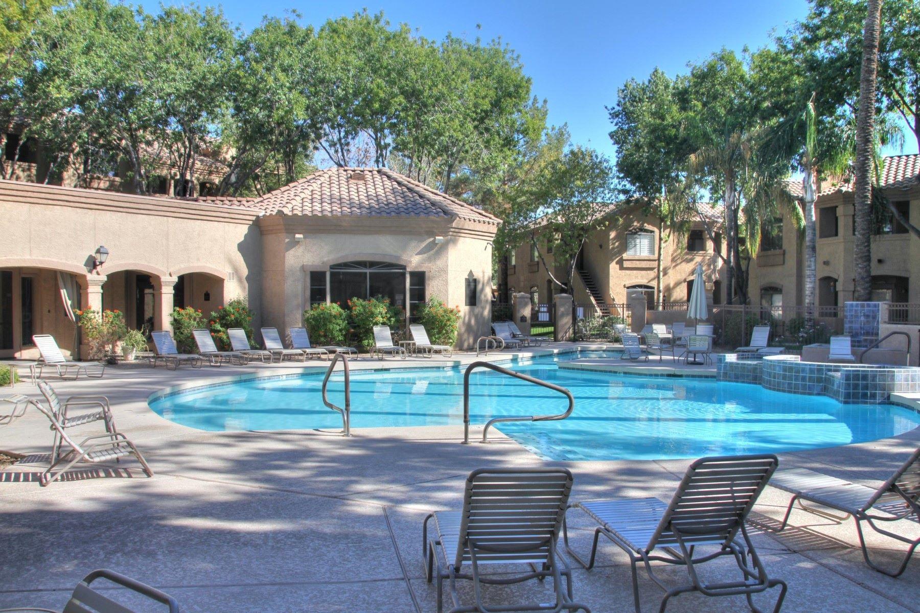 تاون هاوس للـ Rent في Charming 2nd floor end unit in Scottsdale 15095 N THOMPSON PEAK PKWY #2054, Scottsdale, Arizona, 85260 United States