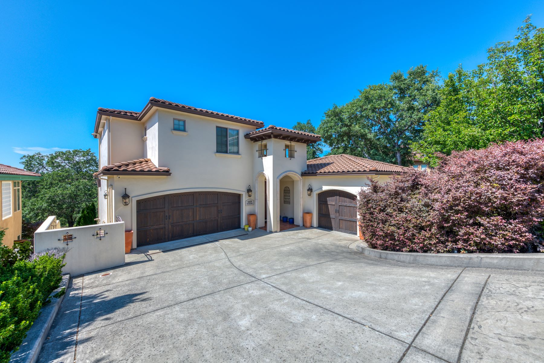 Single Family Homes por un Venta en 1829 Park Oak Dr, Roseville, CA 95661 1829 Park Oak Dr Roseville, California 95661 Estados Unidos