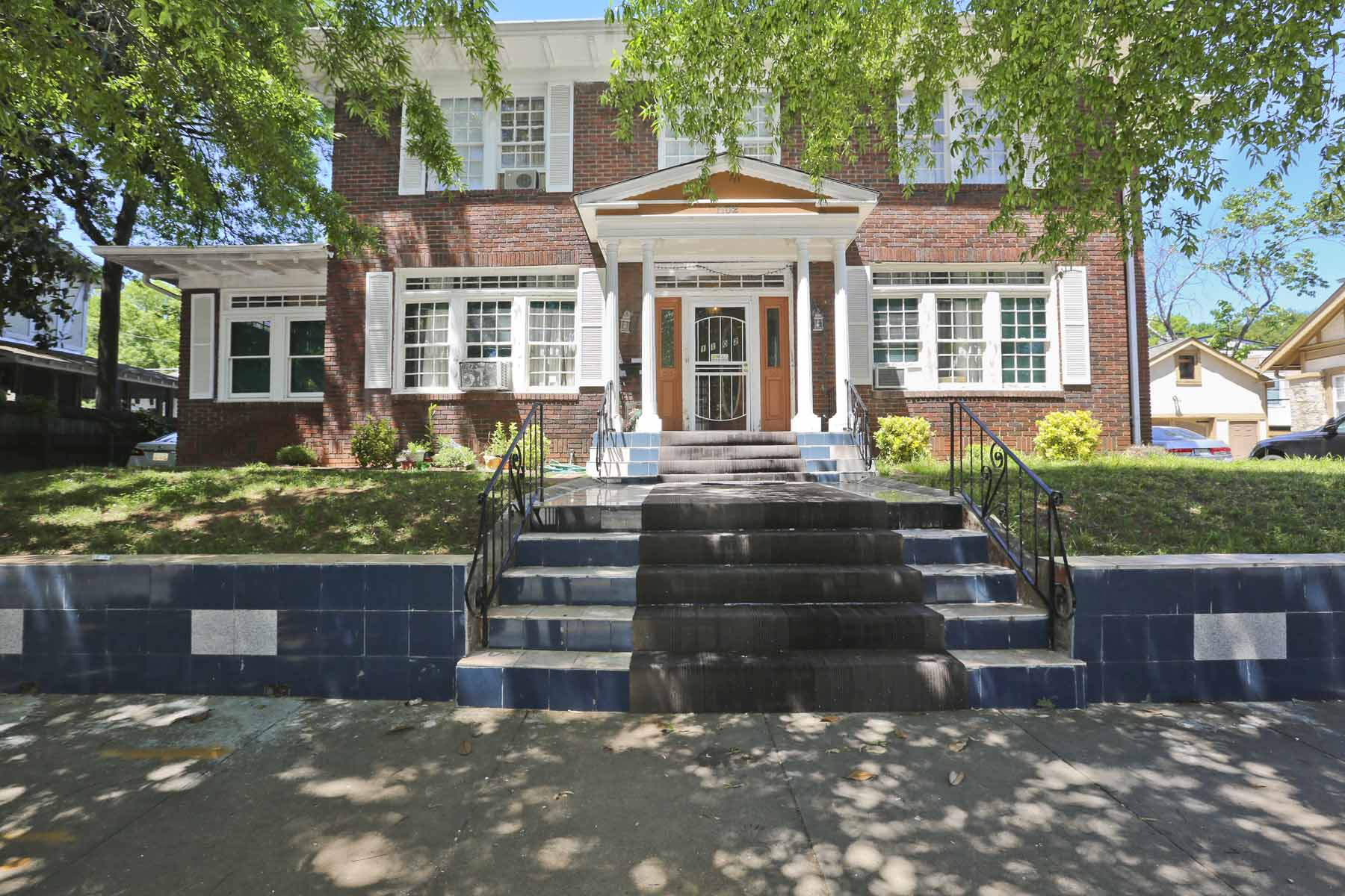 Vivienda unifamiliar por un Venta en Georgian Classic Style in Sought after Virginia Highlands 1102 Ponce De Leon Avenue NE Atlanta, Georgia, 30306 Estados Unidos