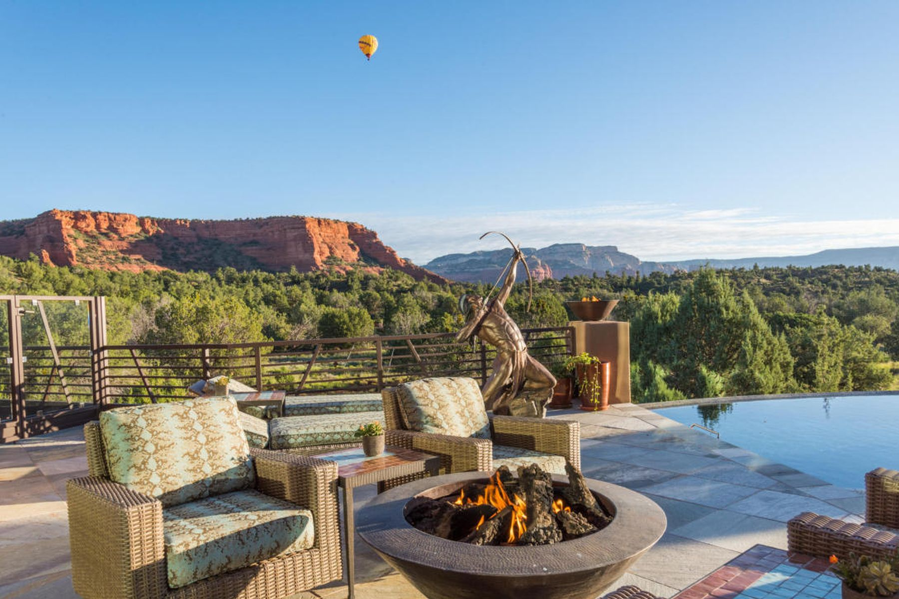 Single Family Home for Sale at organically sophisticated sanctuary 125 ALTAIR AVE Sedona, Arizona 86336 United States