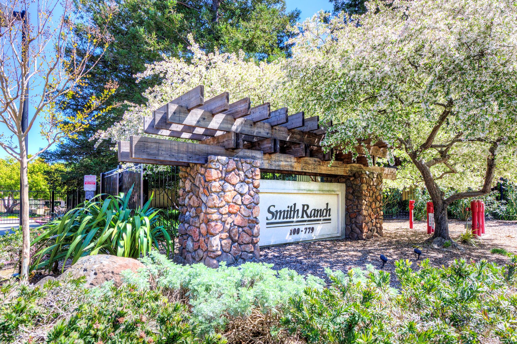 Condominium for Sale at Rare Penthouse Unit in Smith Ranch Homes 100 Deer Valley Road Unit 3D San Rafael, California 94903 United States
