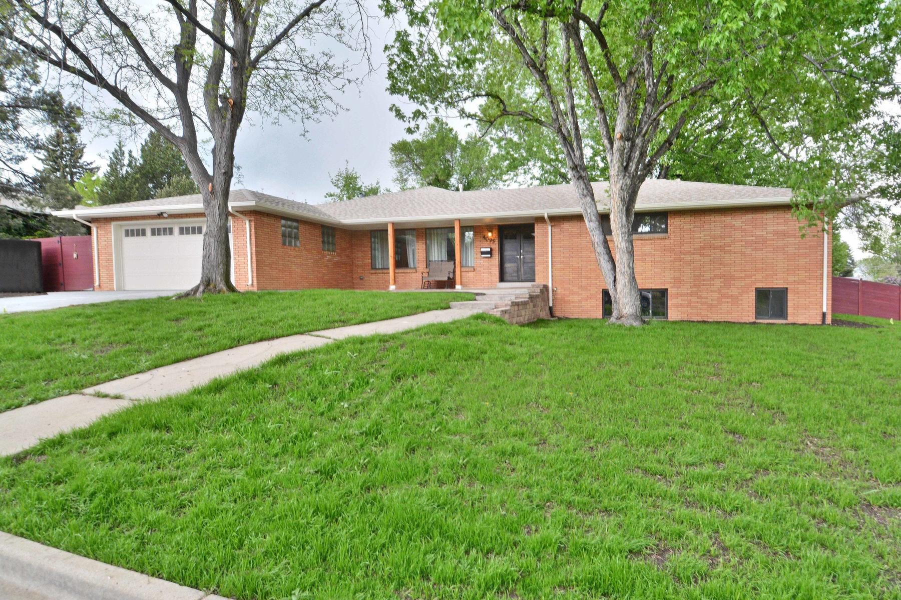 Single Family Home for Active at A True Forever Home In A Quiet Peaceful Neighborhood 4095 Dudley St Wheat Ridge, Colorado 80033 United States