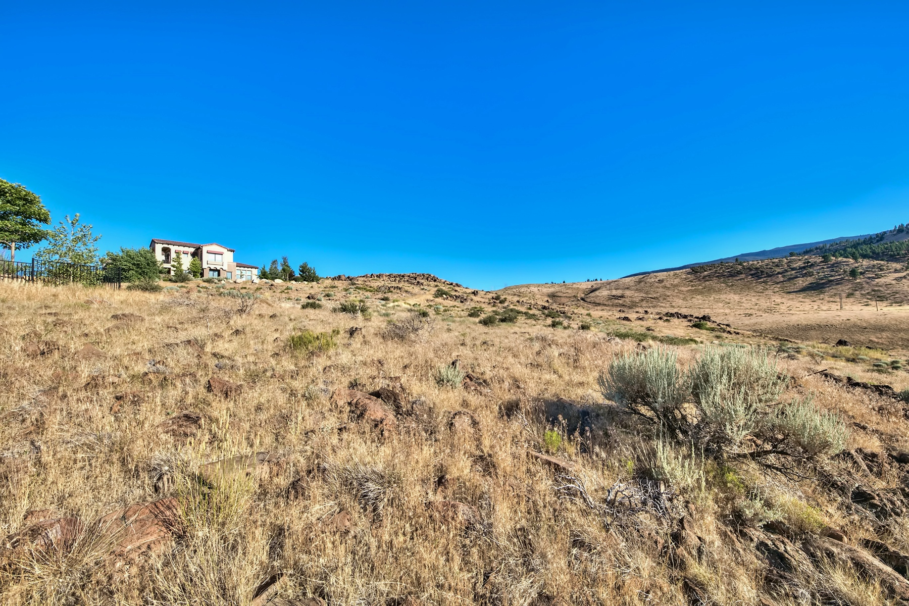Additional photo for property listing at 4832 Sierra Pine Court, Reno, Nevada 4832 Sierra Pine Court Reno, Nevada 89519 United States