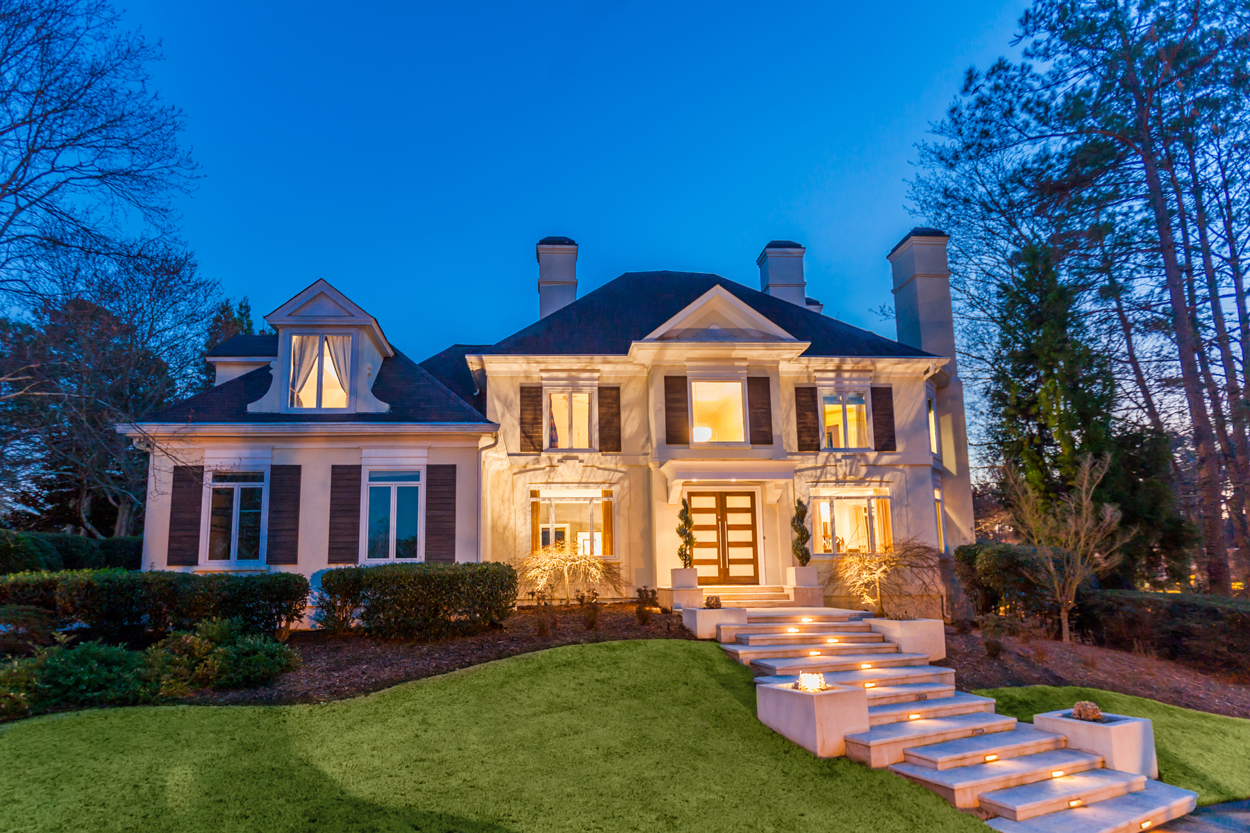Single Family Home for Sale at Beautiful Updated Country Club Estate Home 1005 Featherstone Road Alpharetta, Georgia 30022 United States