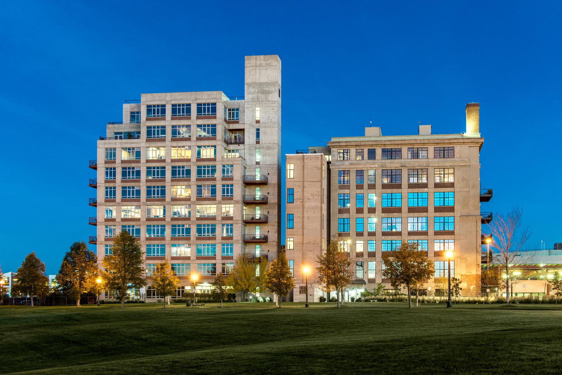 Condominiums для того Продажа на Denver, Колорадо 80202 Соединенные Штаты
