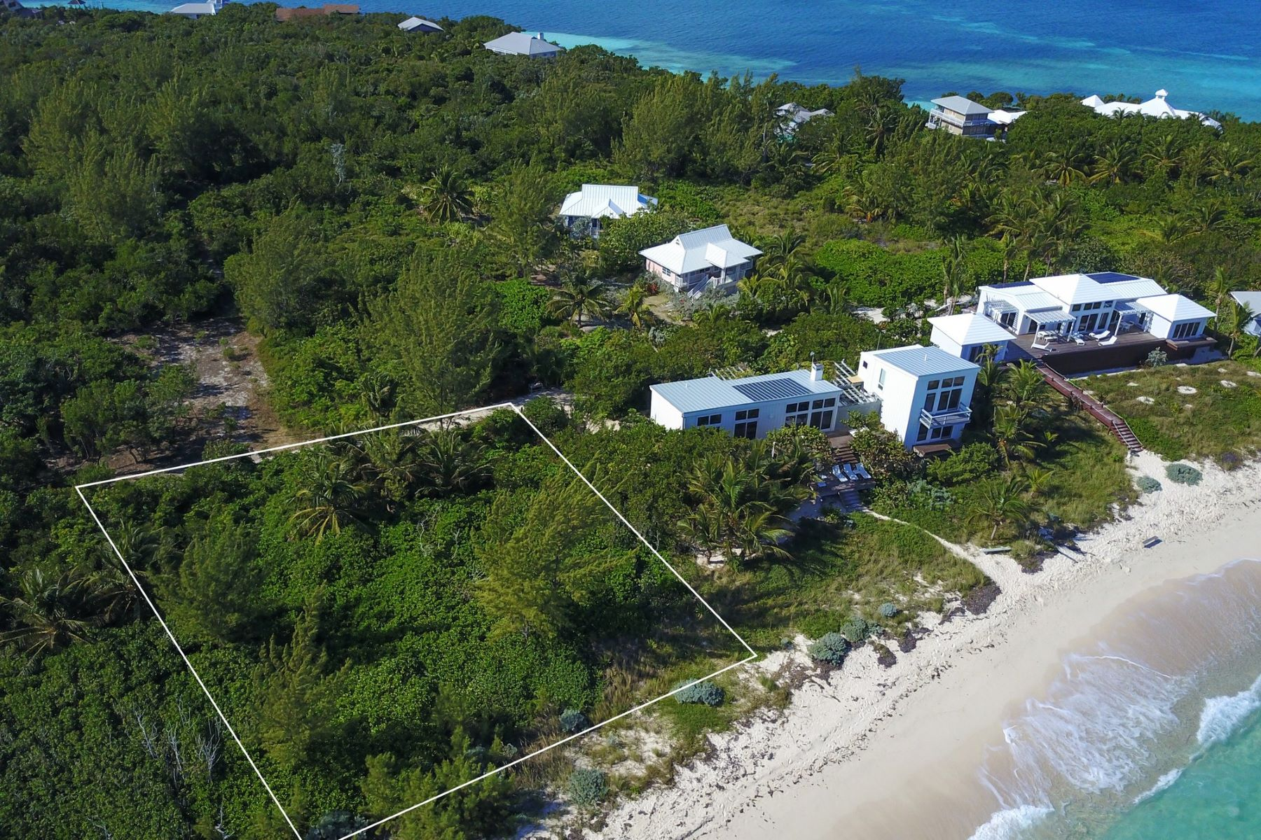 Additional photo for property listing at Sandy Toes Real Estate Elbow Cay Hope Town, Abaco Bahamas