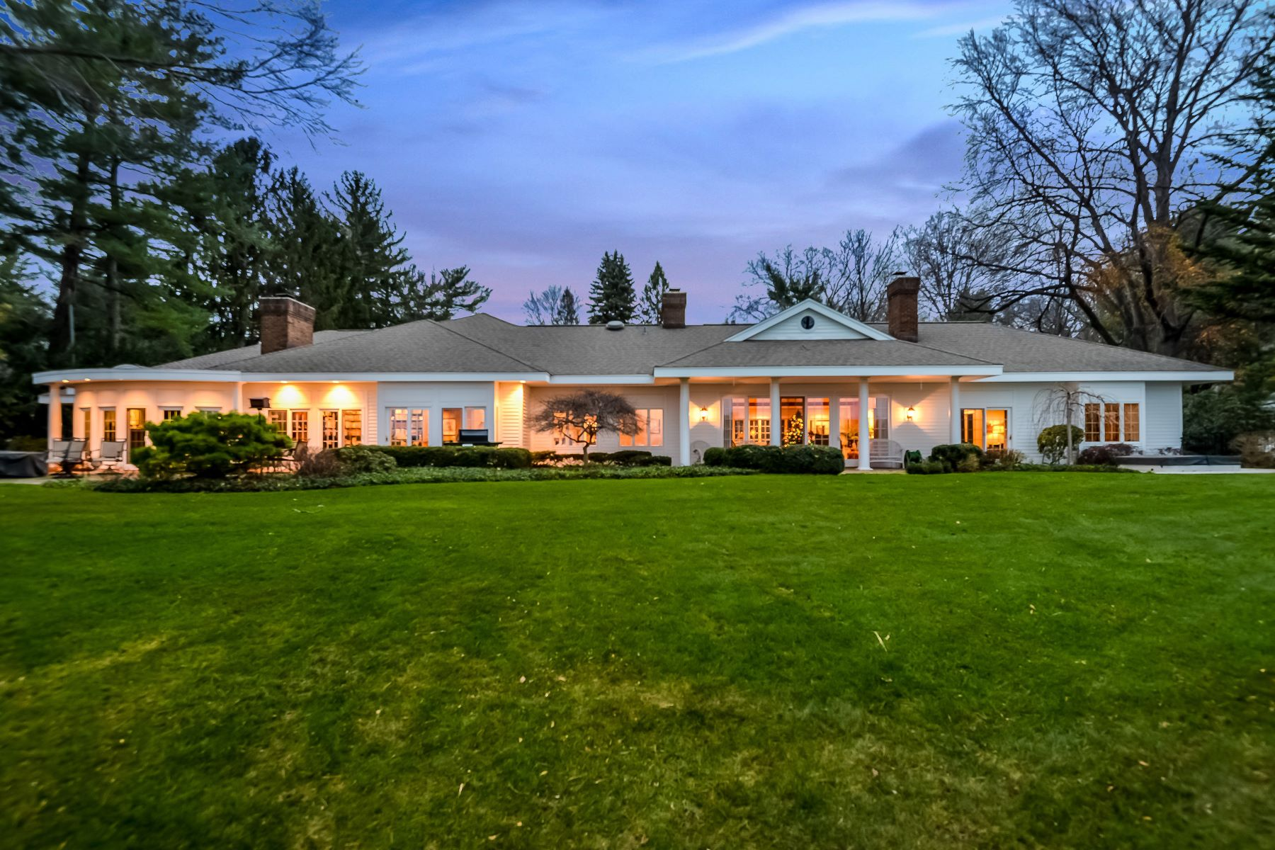 Single Family Home for Sale at Exclusive Spring Lake Estate With Incomparable Lake Michigan Views 2925 Judson Road Spring Lake, Michigan 49456 United States