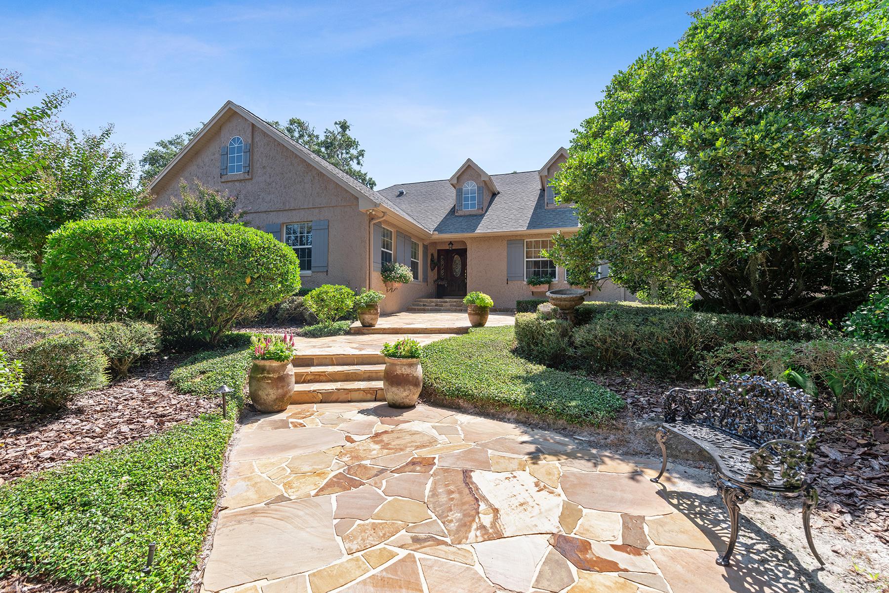 Single Family Homes für Verkauf beim WINTER PARK 1608 Barcelona Way Winter Park, Florida 32789 Vereinigte Staaten