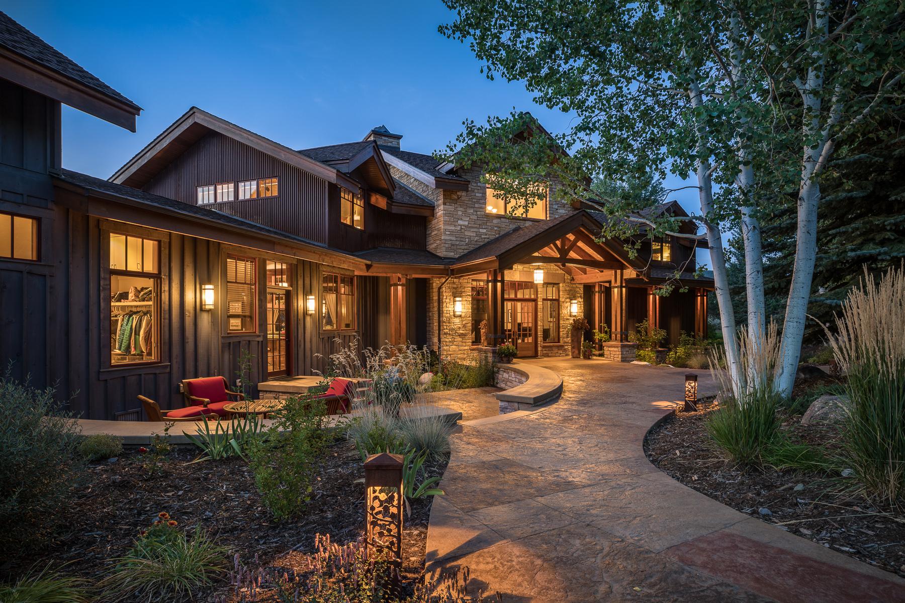 Single Family Home for Active at 280 Ball Lane 280 Ball Lane Durango, Colorado 81301 United States