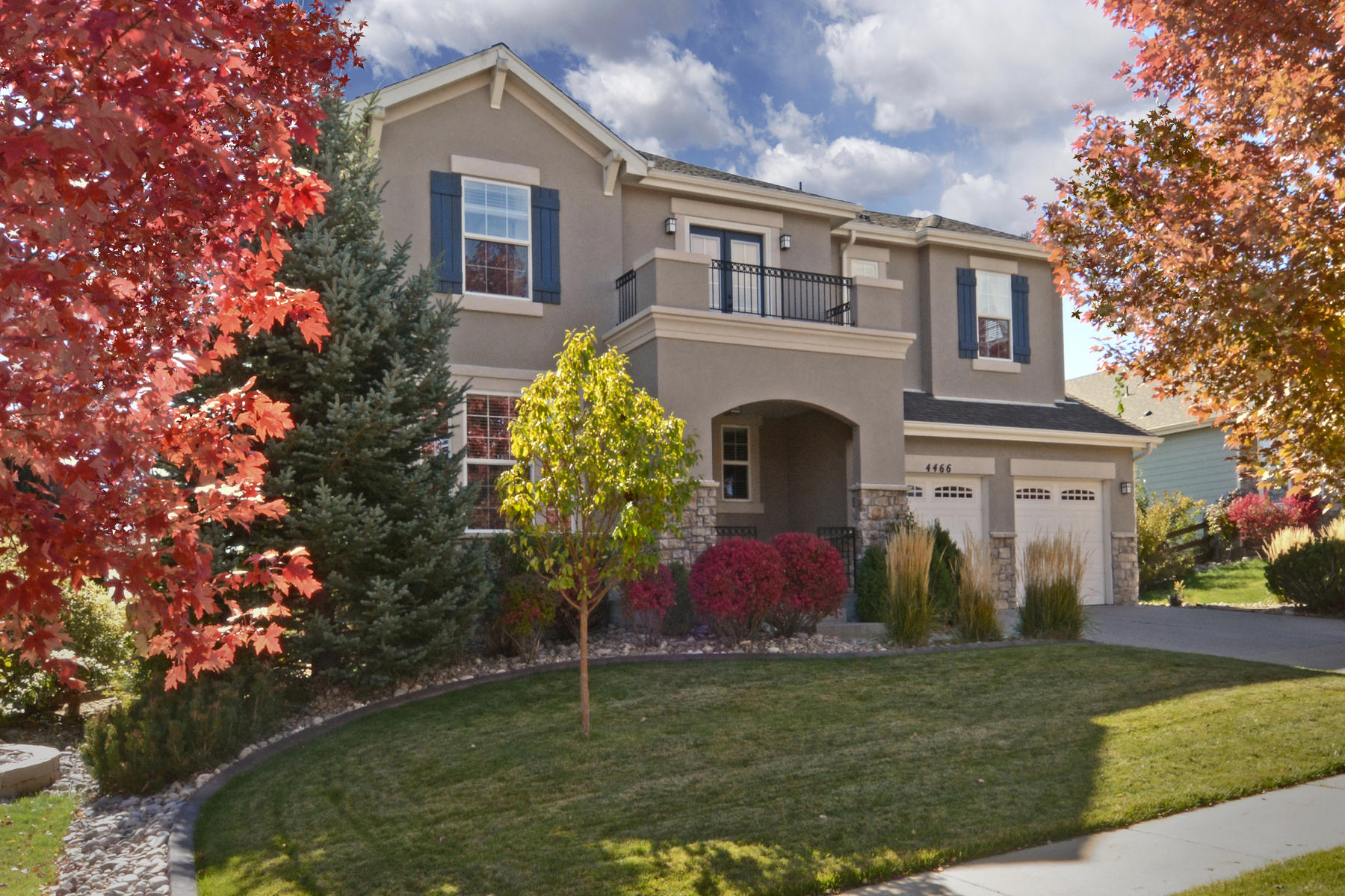 Single Family Home for Active at Chic Property with Desirable Open Floor Layout 4466 Eagle River Run Broomfield, Colorado 80023 United States