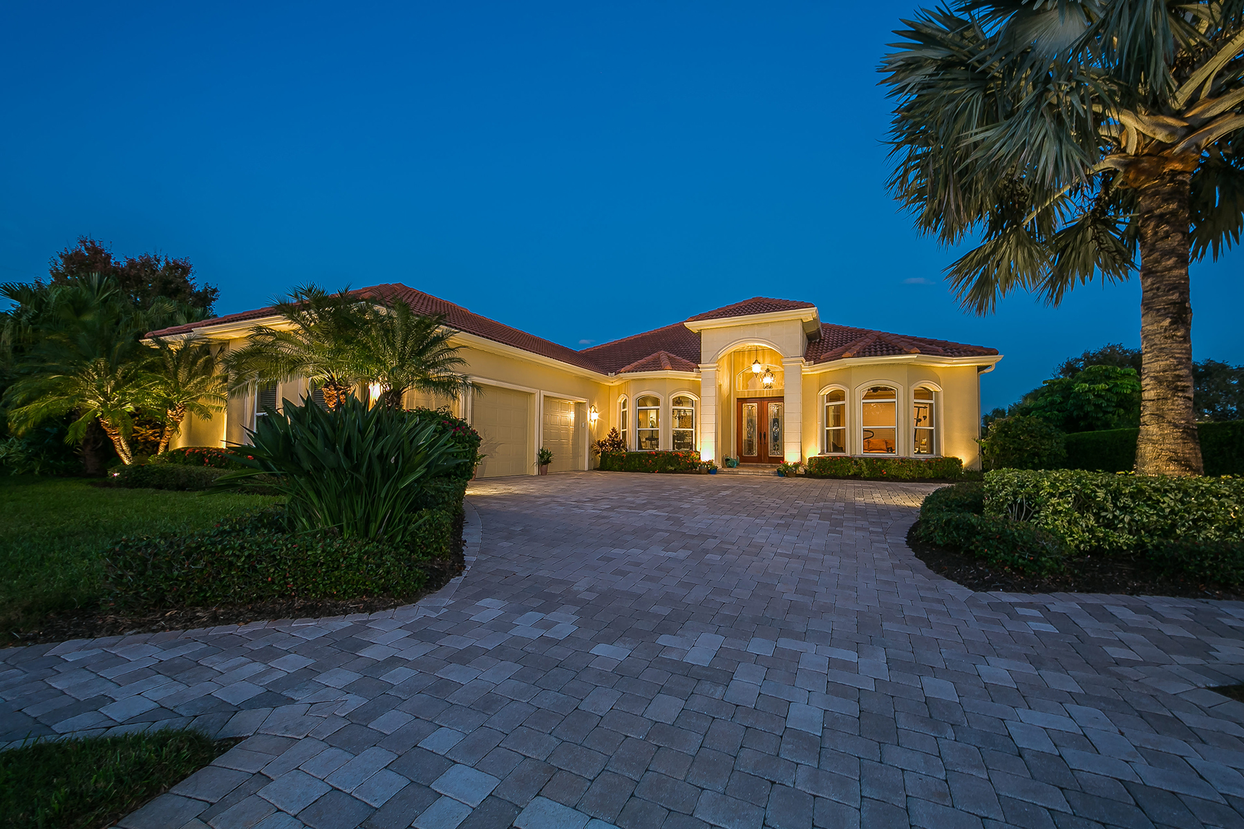 Single Family Home for Active at BOCA ROYALE 1774 Grande Park Dr Englewood, Florida 34223 United States