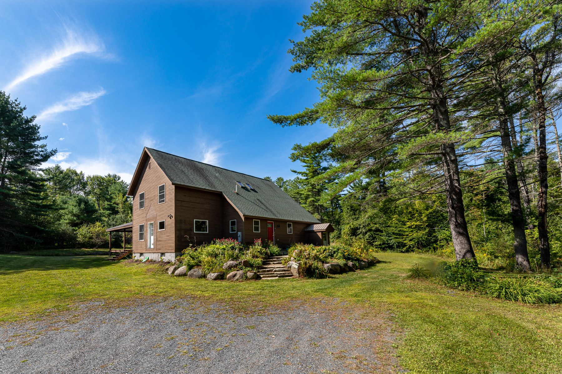 Single Family Homes for Sale at 909 Goulden Ridge Road Weathersfield, Vermont 05030 United States