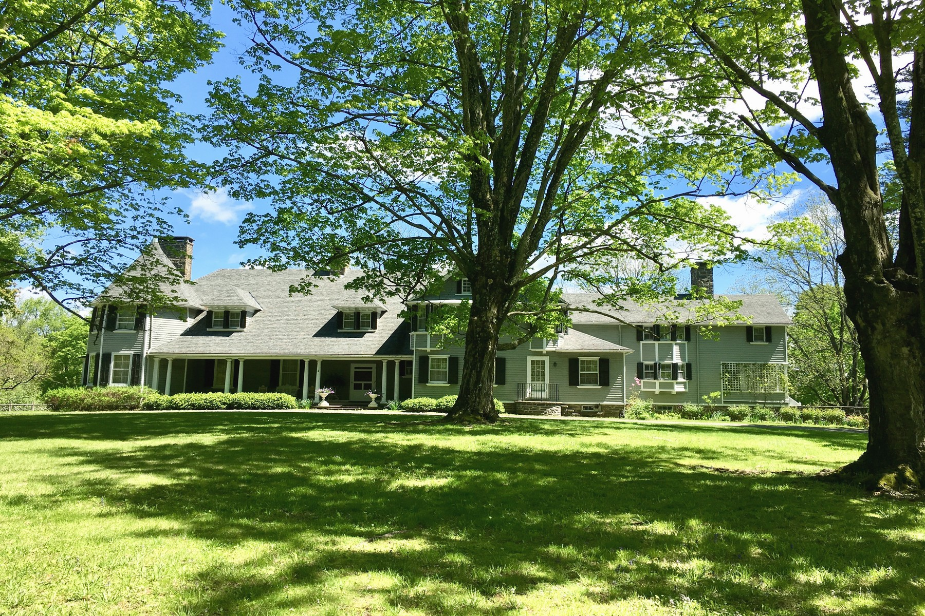 Single Family Homes 為 出售 在 Clematis Cottage 55 Leggett Road, Stone Ridge, 纽约 12484 美國